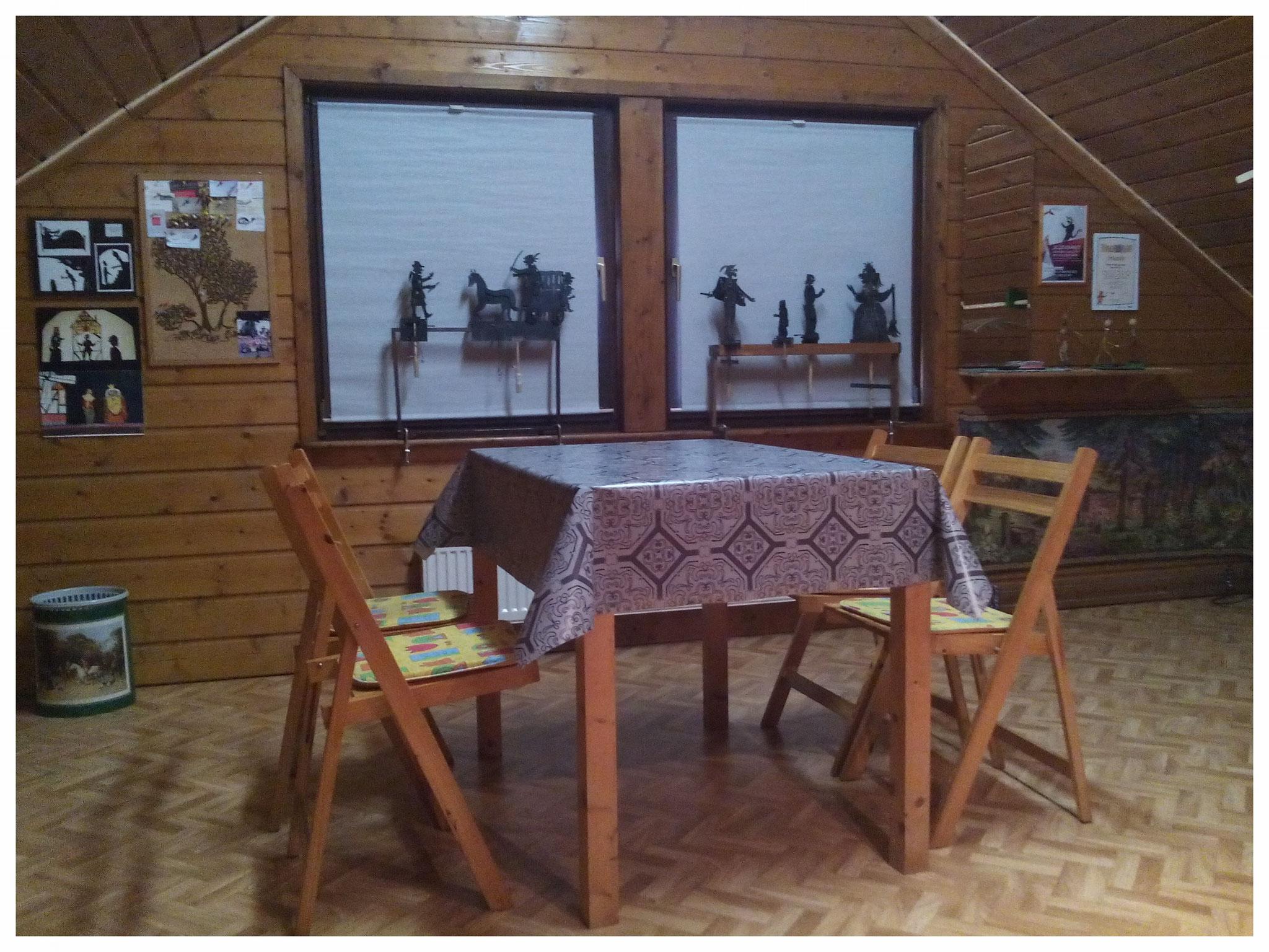 Der Garderoberaum ist fertig und es gibt auch noch Platz für Workshops.