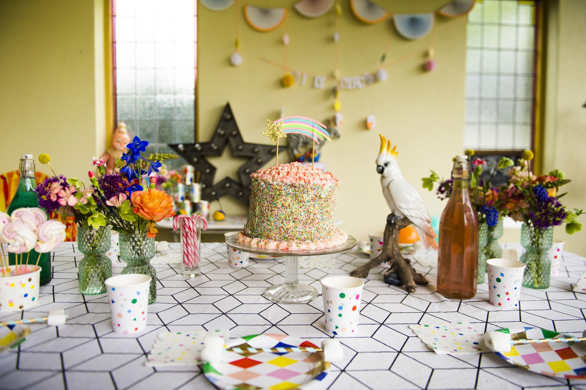 Fotocredits: Iris Kolff fotografie; Styling: Confettistories; Bloemen: Bloemennoord