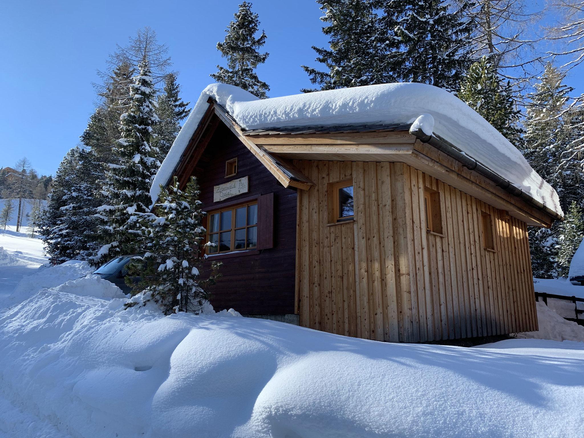 Zirbenwald-Chalet Turracher Höhe - Winter Ostansicht