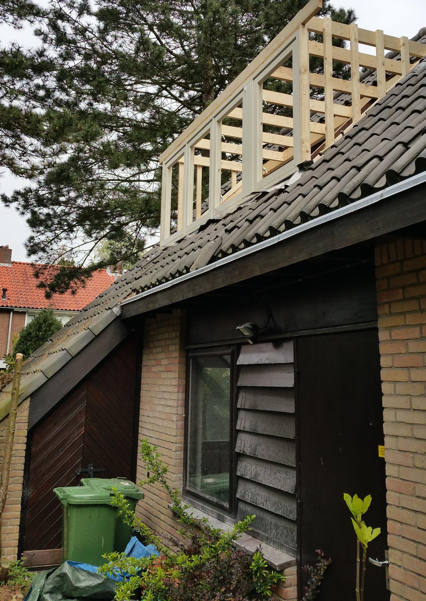 Traditioneel plaatsen van dakkapel