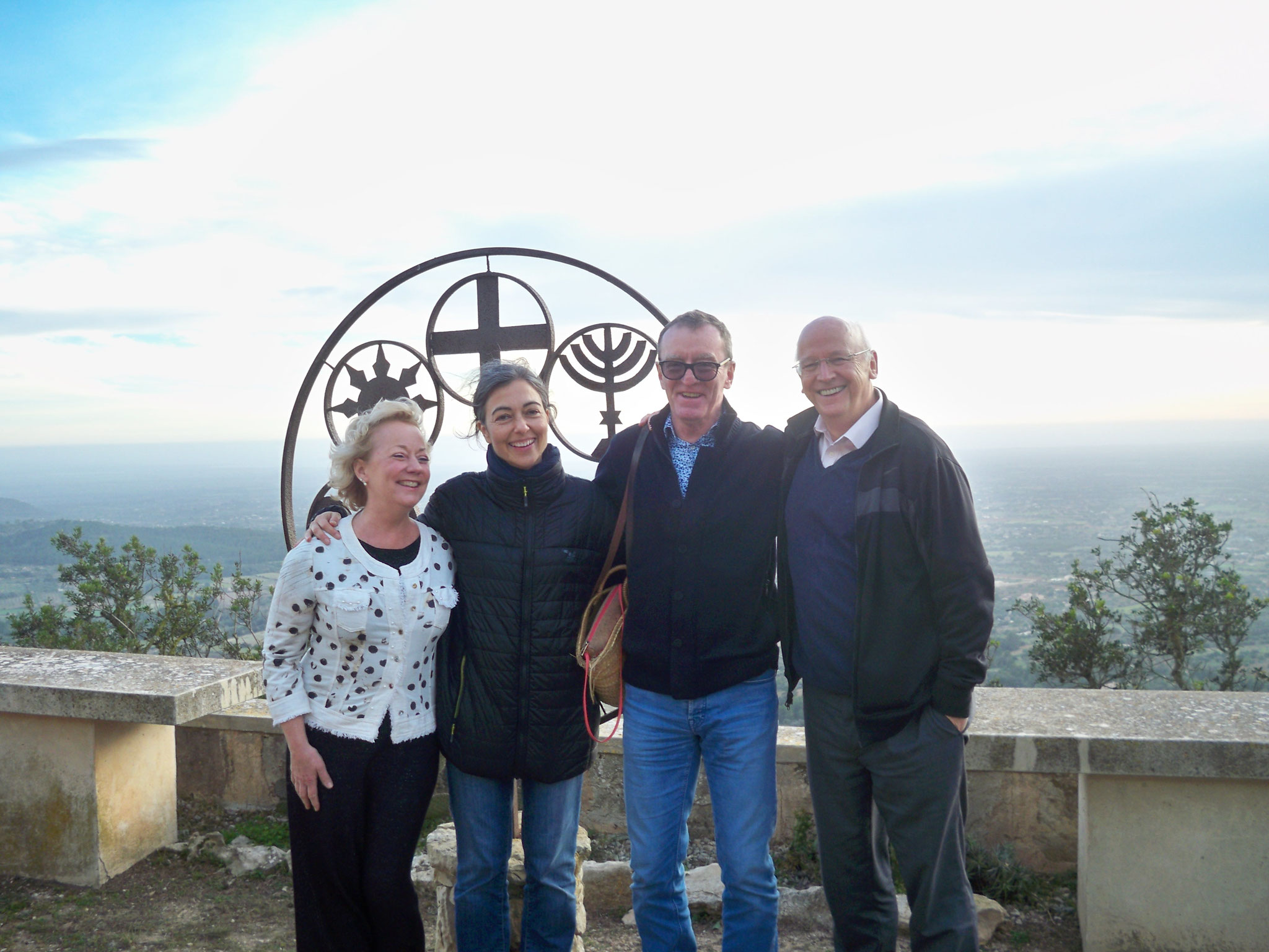 "Visita "" Abadessa del Monestir de Benedictines de Montserrat"" Any 2018"