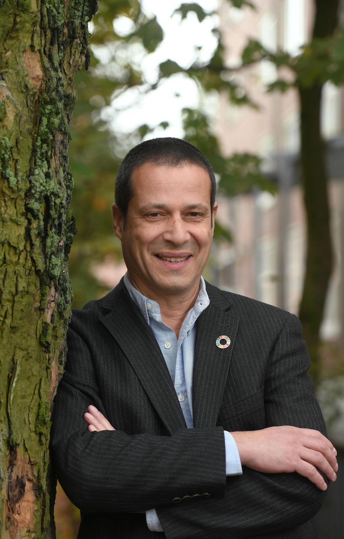 Frank Schweikert