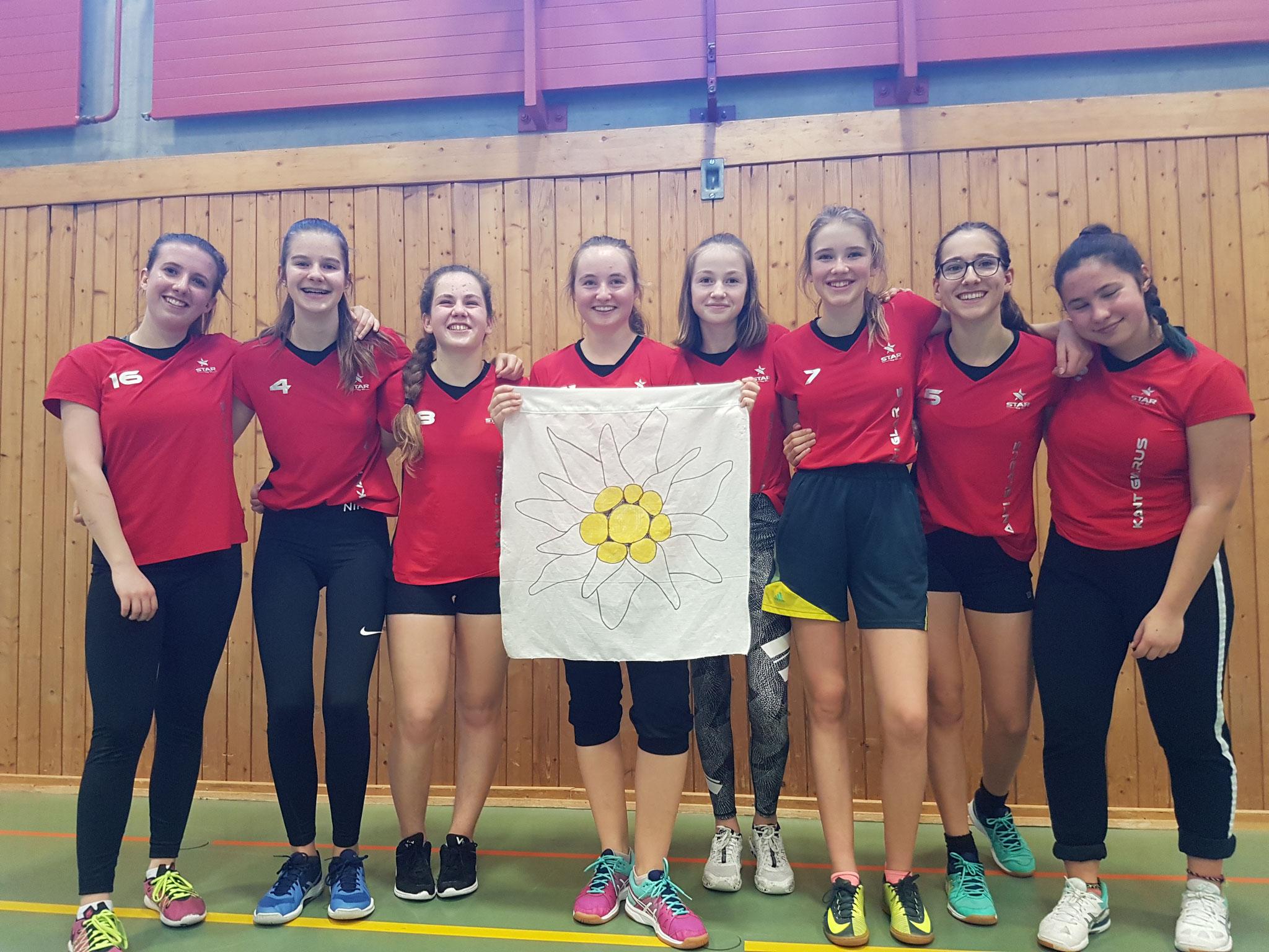 Das Siegerteam im Basketball der der Mädchen von der Kanti Glarus