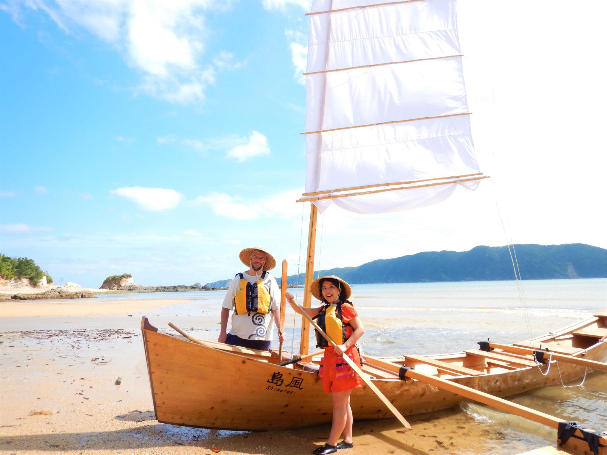 沖縄の伝統木造船で見に行こう