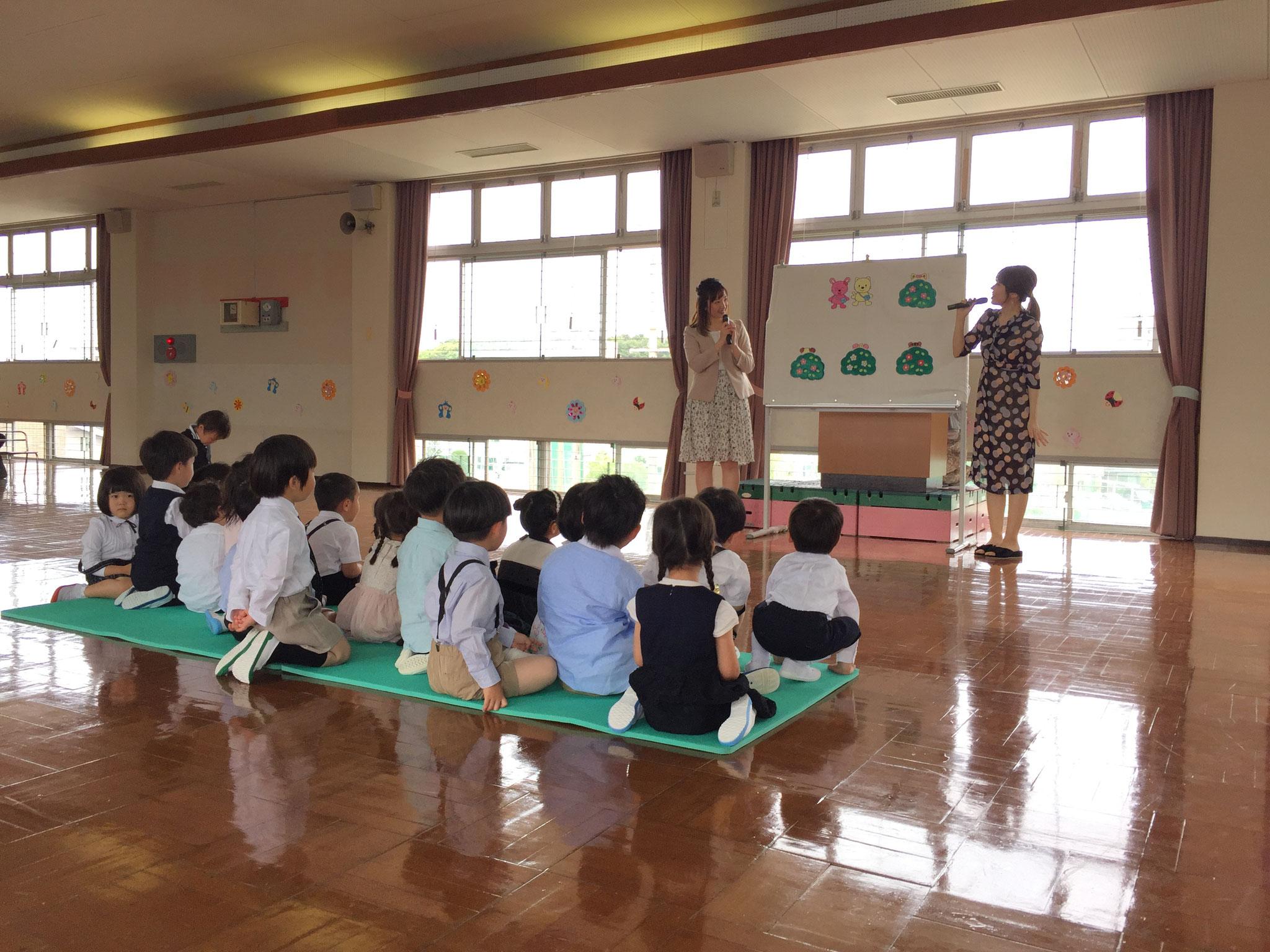 年少組の先生によるペープサート☆