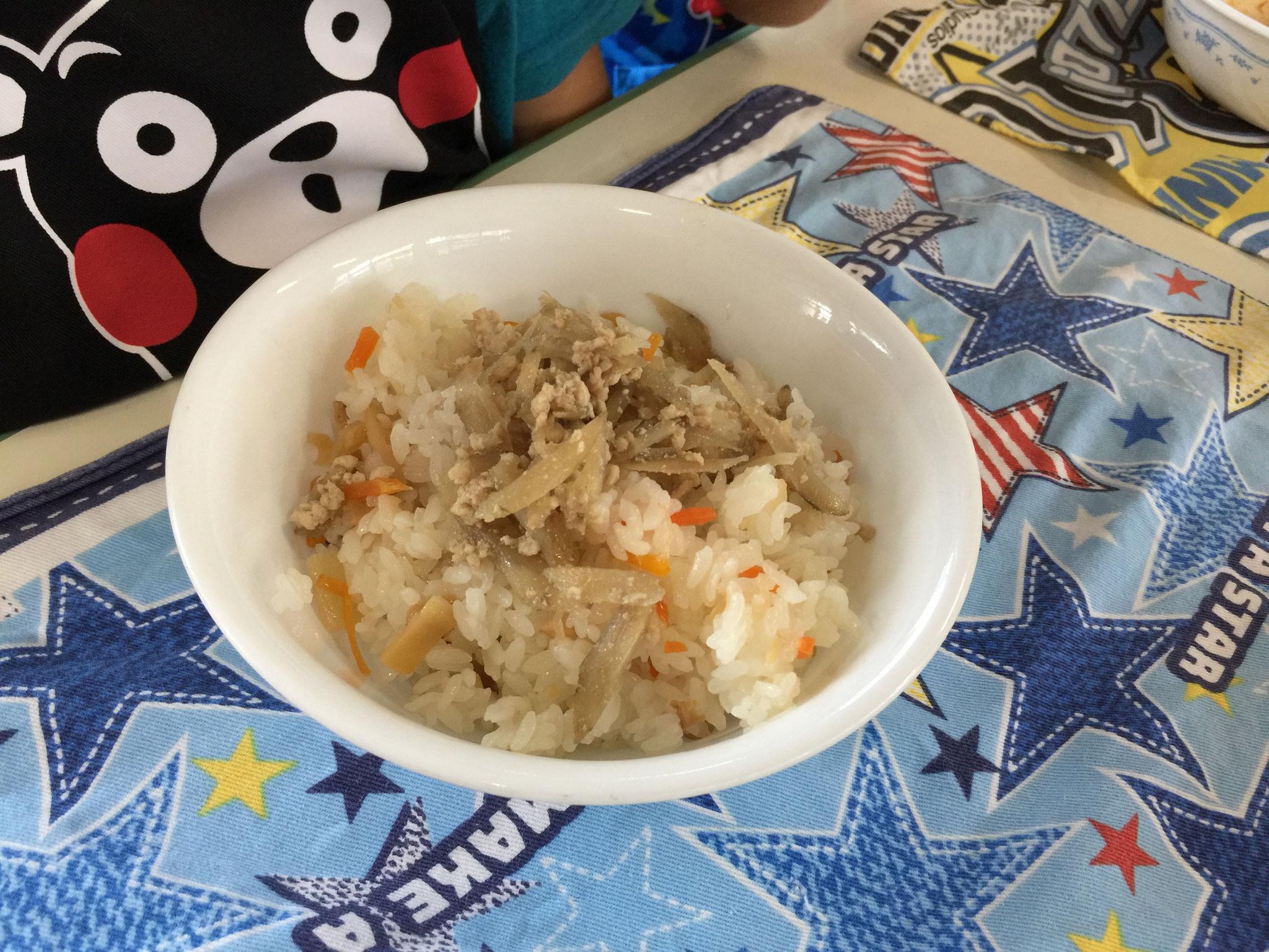 新メニュー「鶏ごぼうのせばら寿司」
