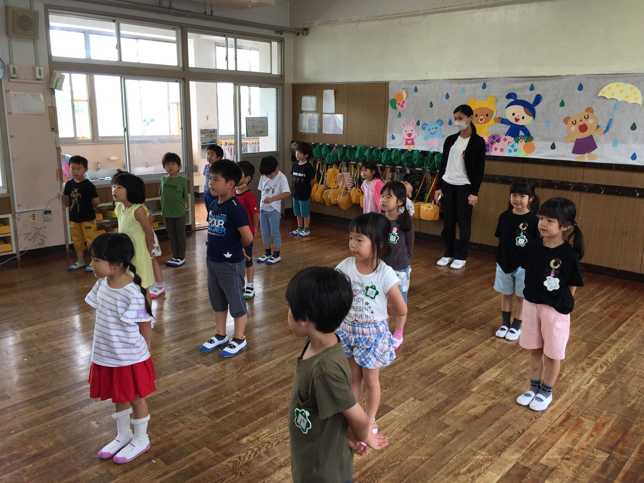 子ども達が元気な歌声聞かせてくれました。