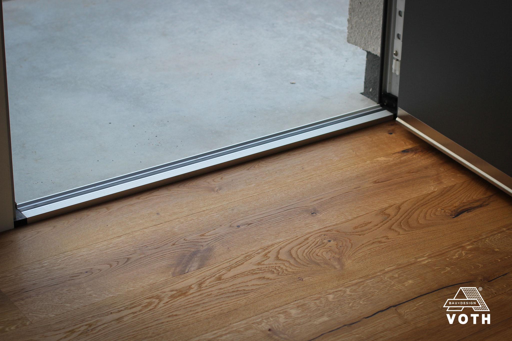 Die perfekte Aluminium Haustüren-Schwelle