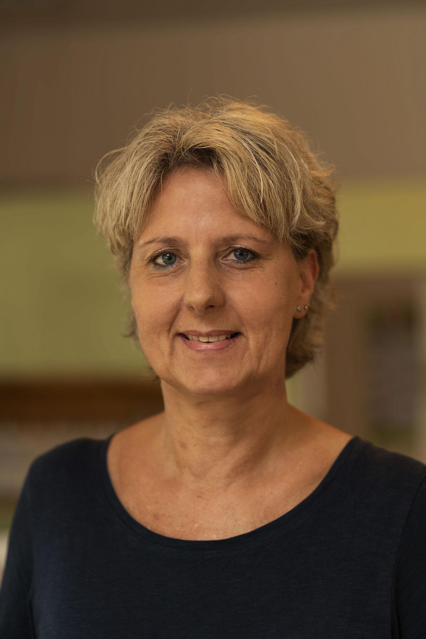 Heide Schultz/ Arbeitet Vollzeit