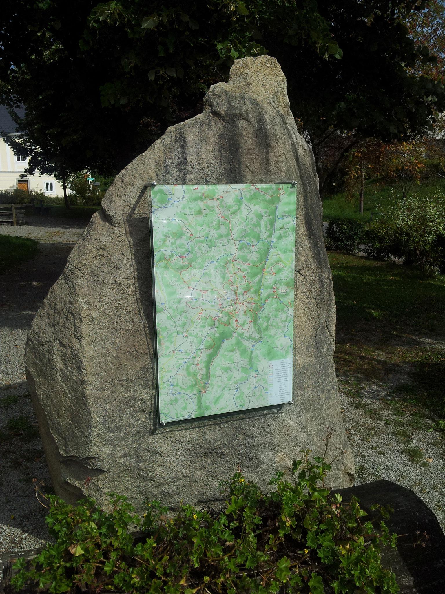 Zahlreiche Anwendungen für nachhaltige Mobilität nutzen die Karten von OpenStreetMap, zum Beispiel diese Wanderkarte.