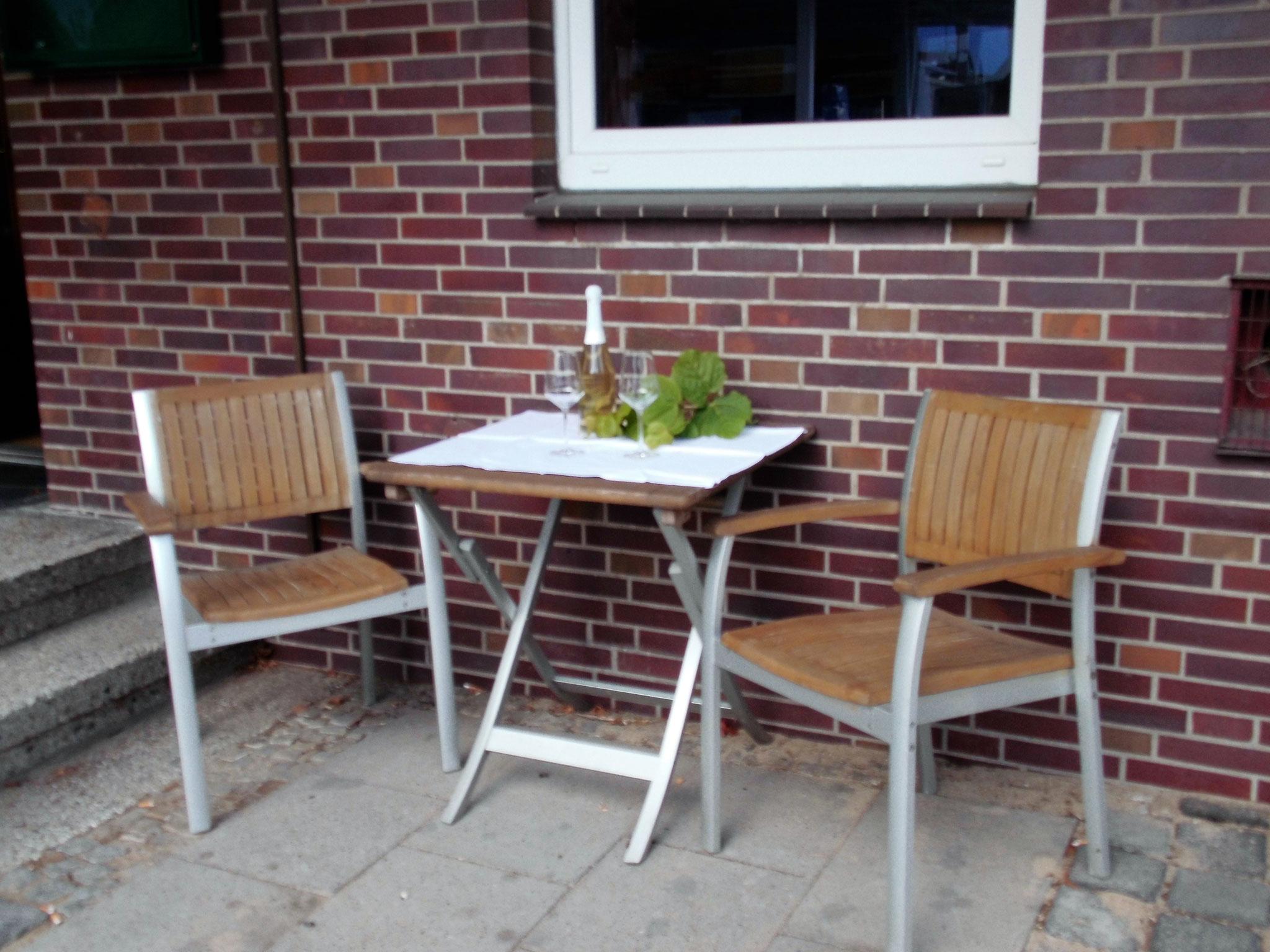 Überdachte Außensitzplätze