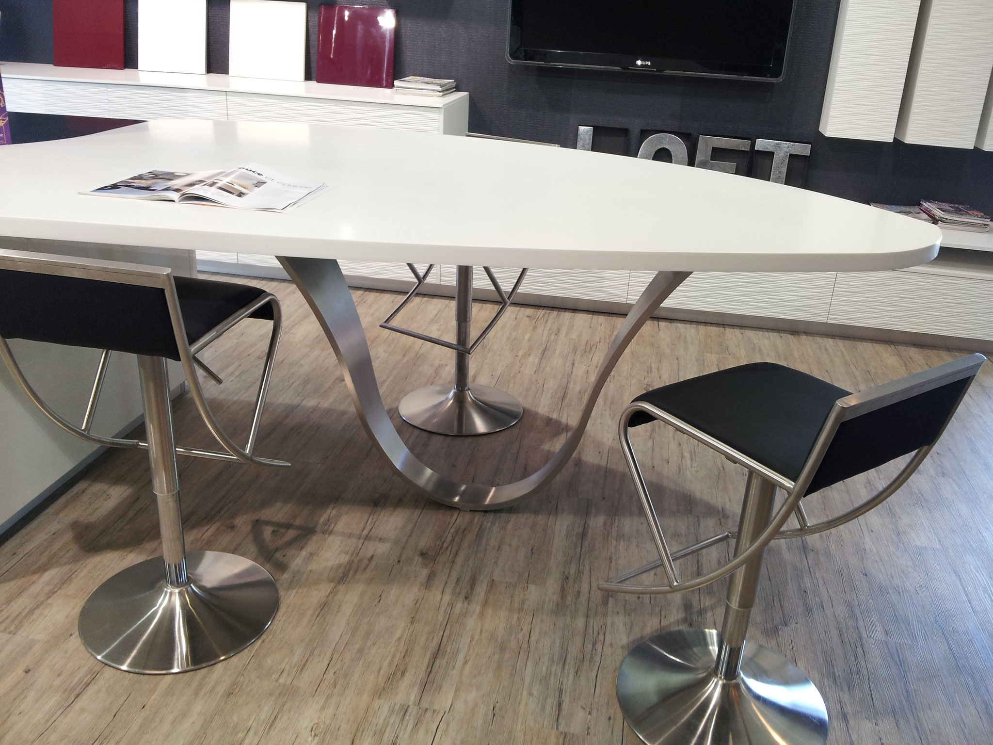 Pietement inox de table design