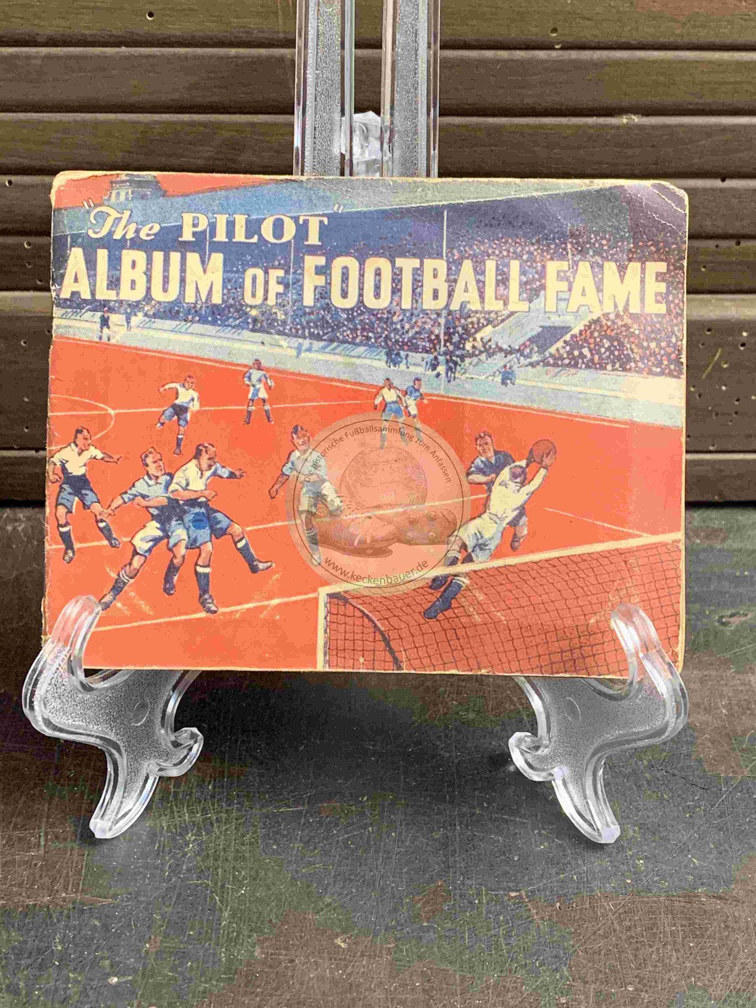 1935 The Pilot Album of Football Fame