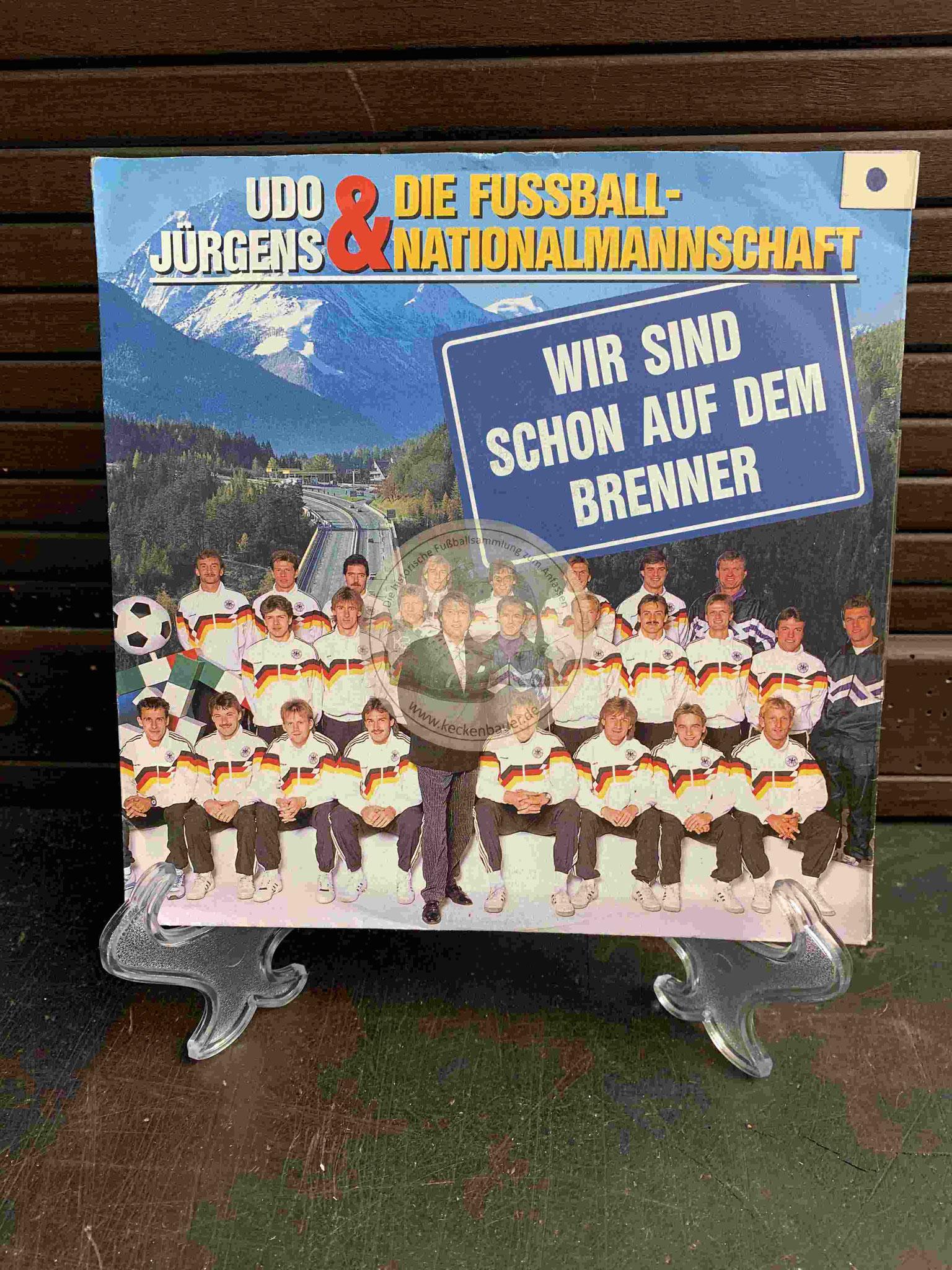 """1990 Platte von Udo Jürgens und der Fußballnationalmannschaft mit """"Wir sind schon auf dem Brenner"""""""