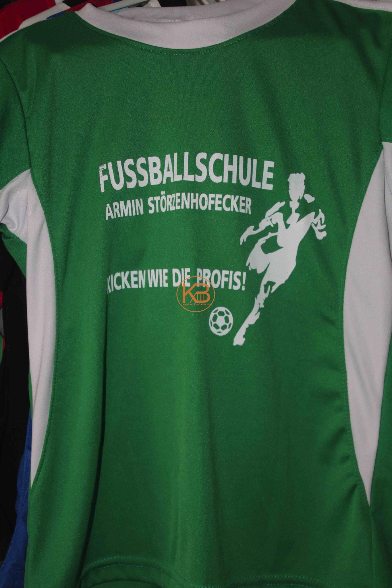 Trikot der Fussballschule von Armin Störzenhofecker