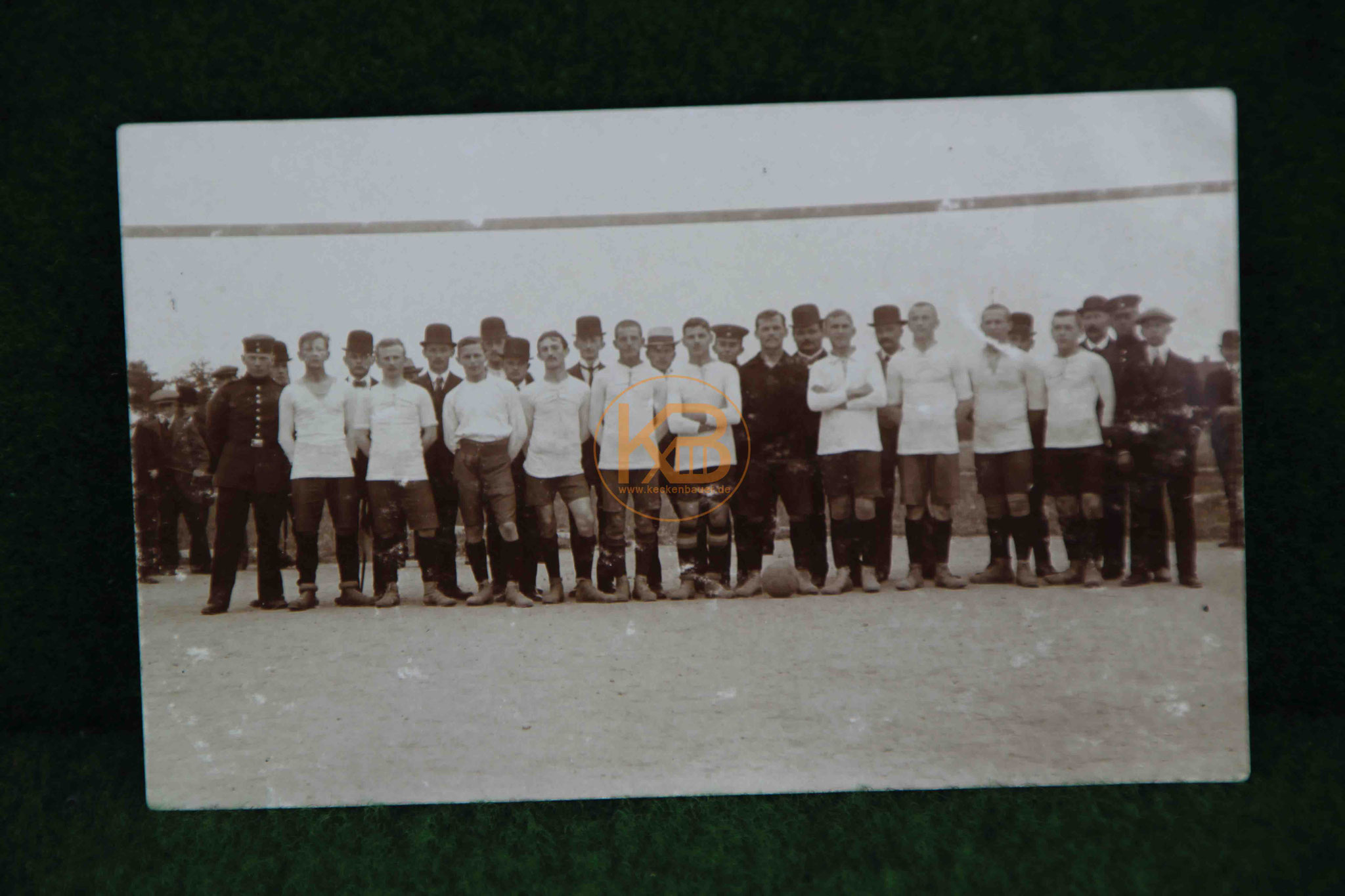 Foto einer Fußballmannschaft vermutlich in Leipzig um 1910