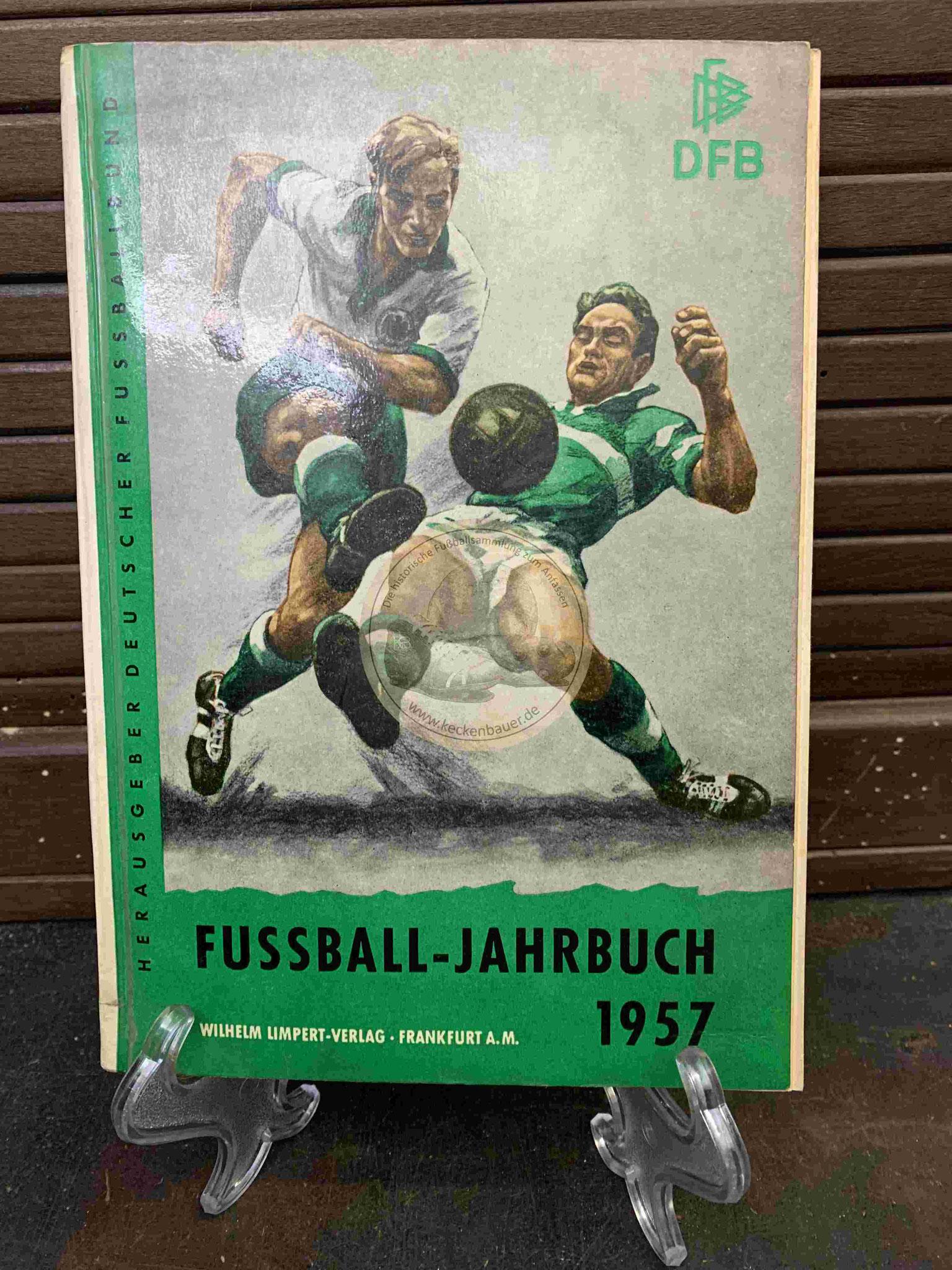 DFB Fußball Jahrbuch aus dem Jahr 1957