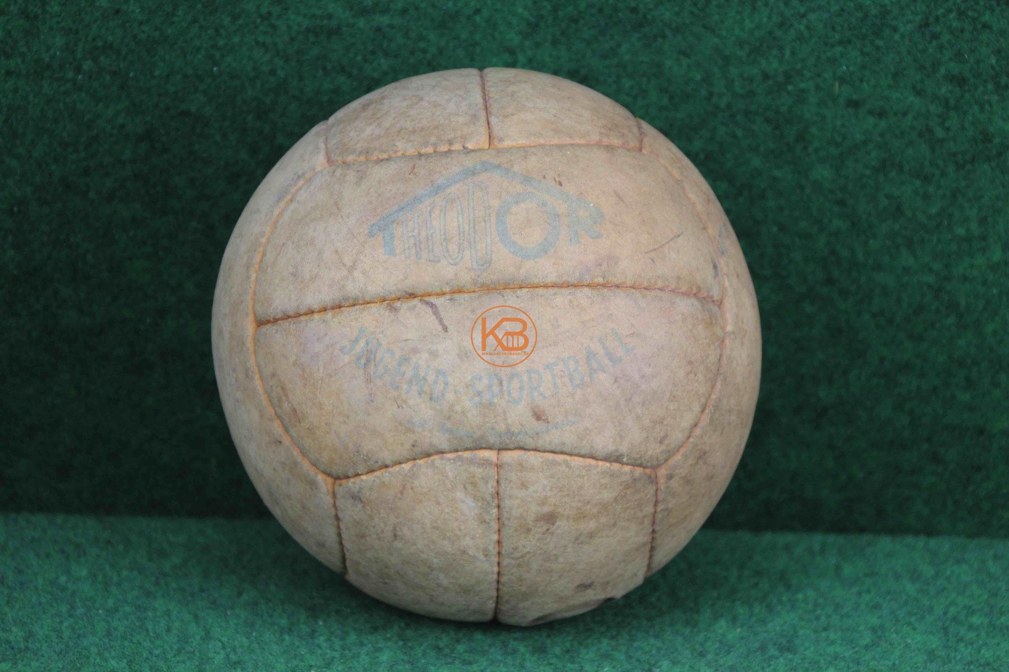 Alter Theodor Jugend Sportball aus den 1950ern