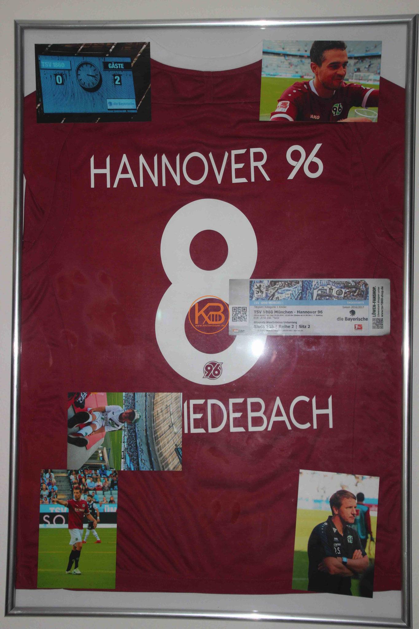 Sein absolutes Highlight ein Matchworn Trikot von Hannover96 was er direkt von Manuel Schmiedebach nach dem Spiel gegen 1860 bekommen hat.