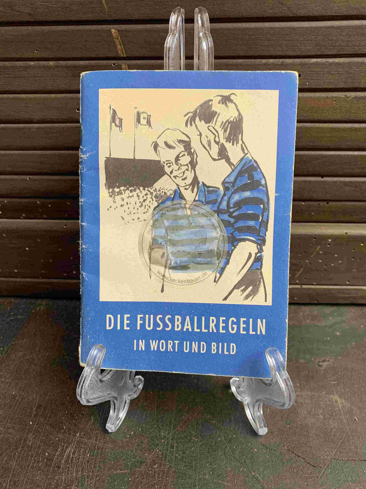 Die Fussballregeln in Wort und Bild aus dem Jahr 1966