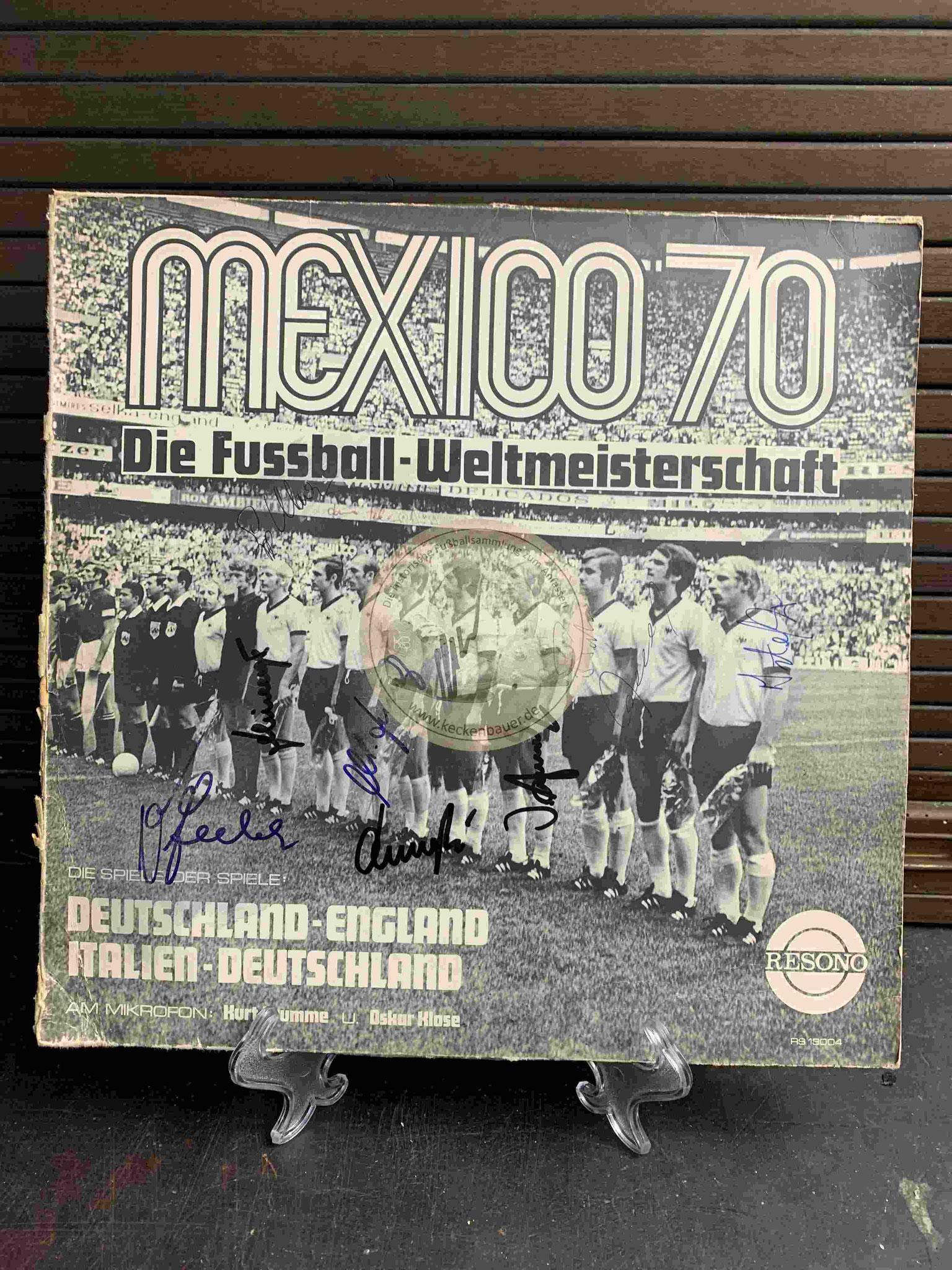1970 Mexico 70 Die Fussball-Weltmeisterschaft s/w Kadersigniert