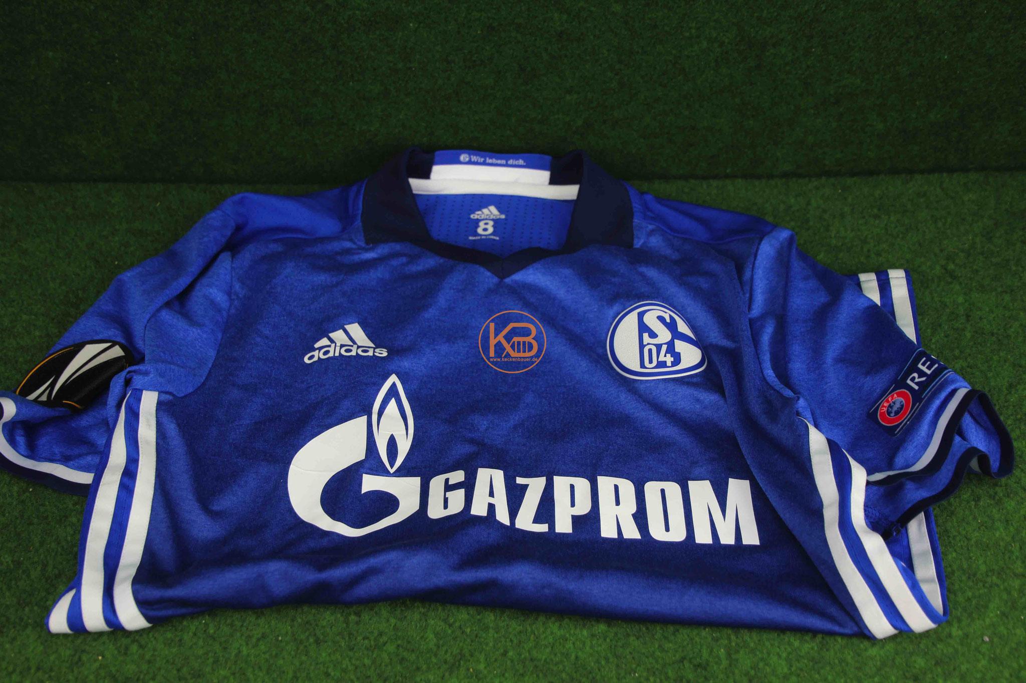 Ein original Matchprepared Uefa Pokal Trikot von Schalke 04  von Dennis Aogo 1/2