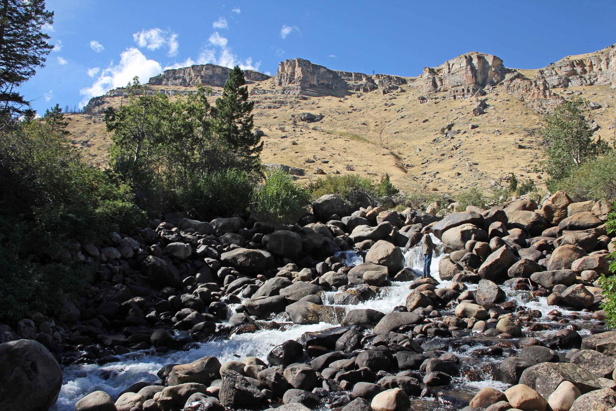 Bild 16 Am Sinks Canyon, wo das Flüßchen in einer Höhle verschwindet
