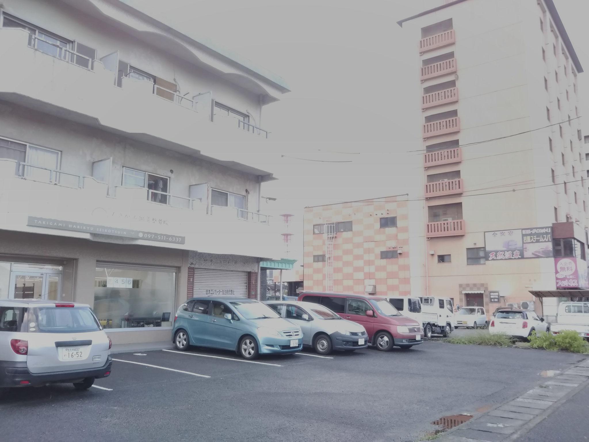 当院はクレインホテルさんの横です