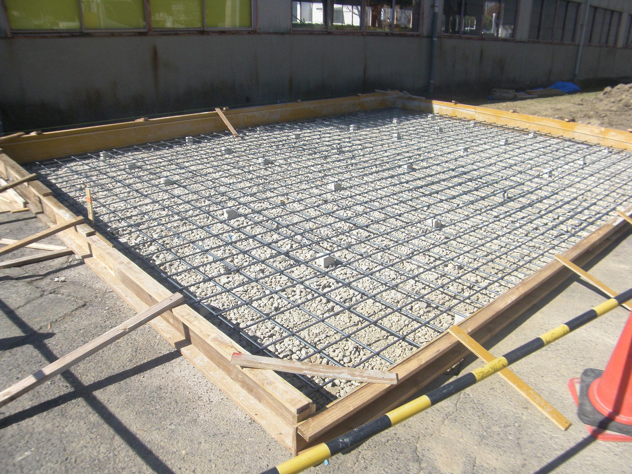 屋外機械基礎新設工事:工程写真