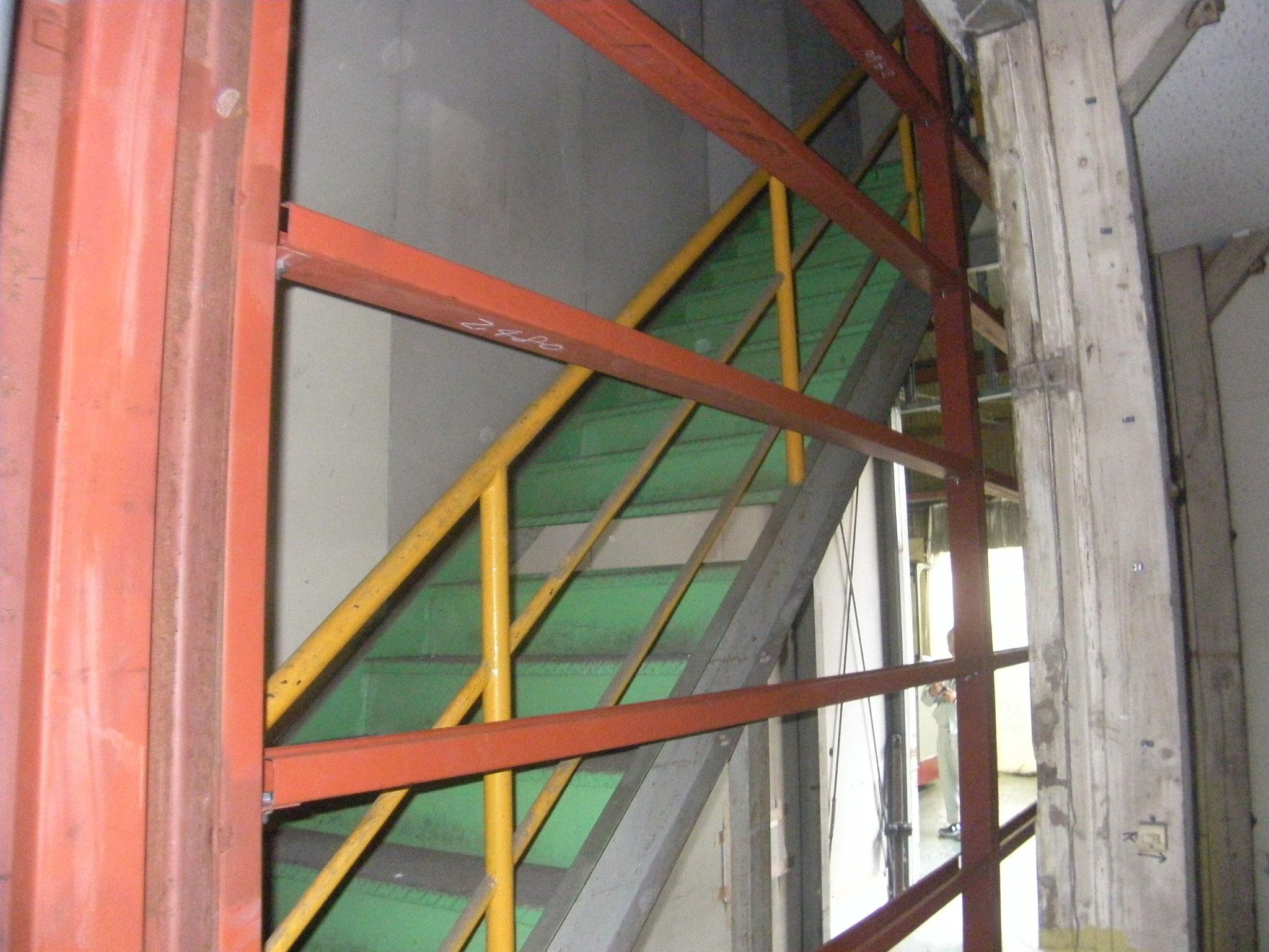 壁下地鉄骨工事:工程写真