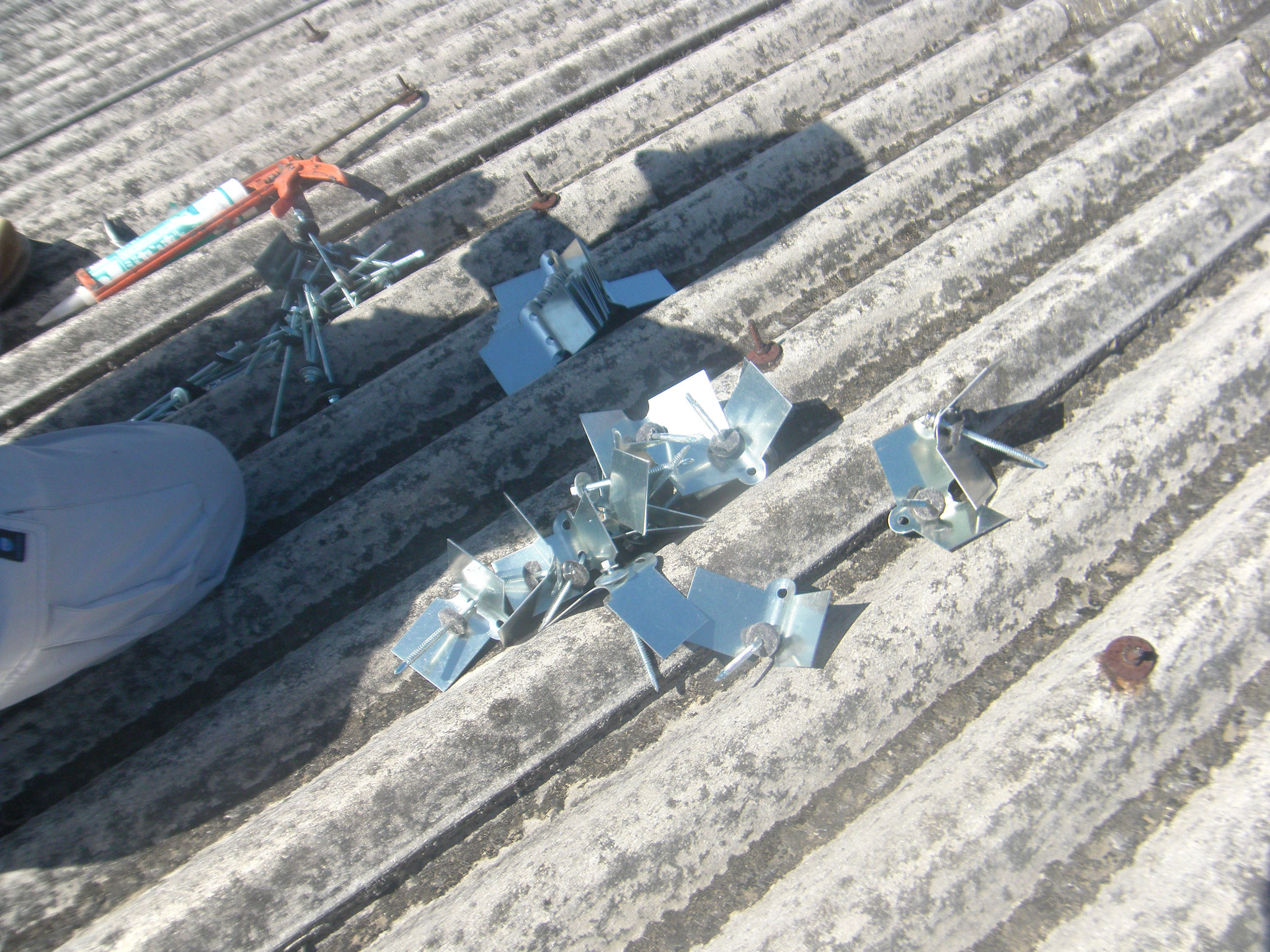 破損採光屋根取替工事:工程写真