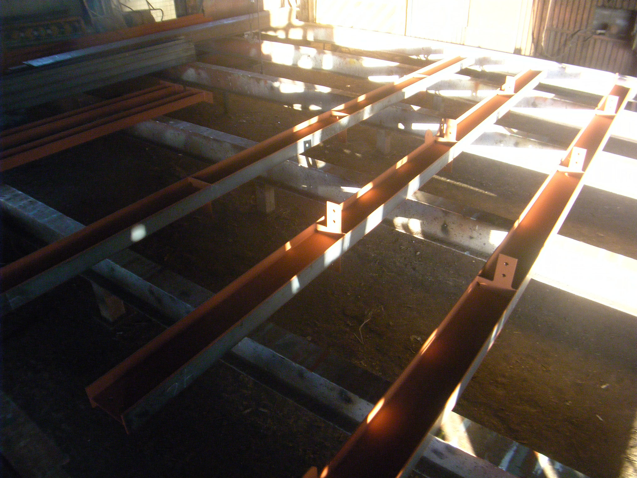 鉄骨造中二階新設工事:工程写真