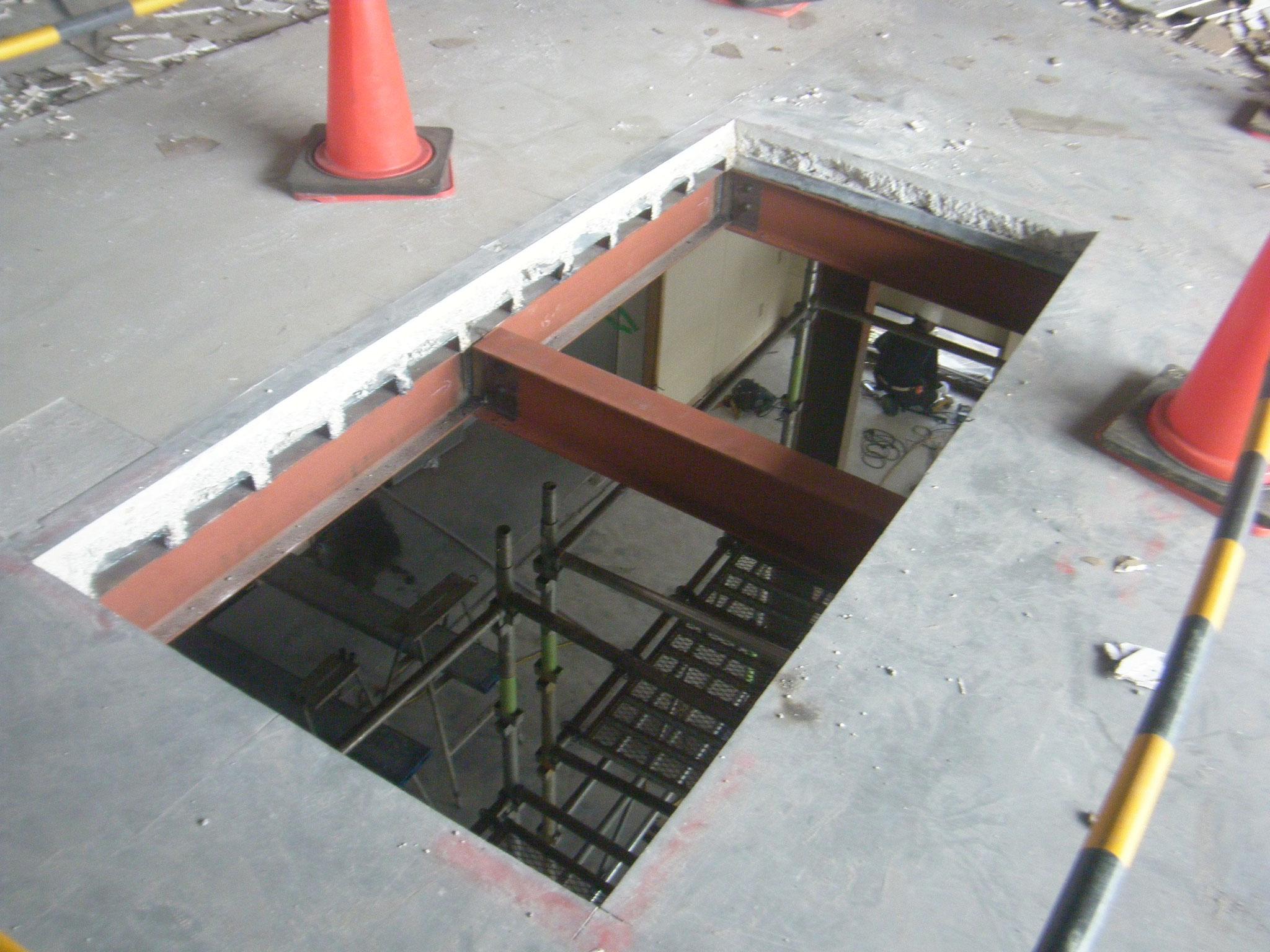 倉庫大規模改修工事:工程写真