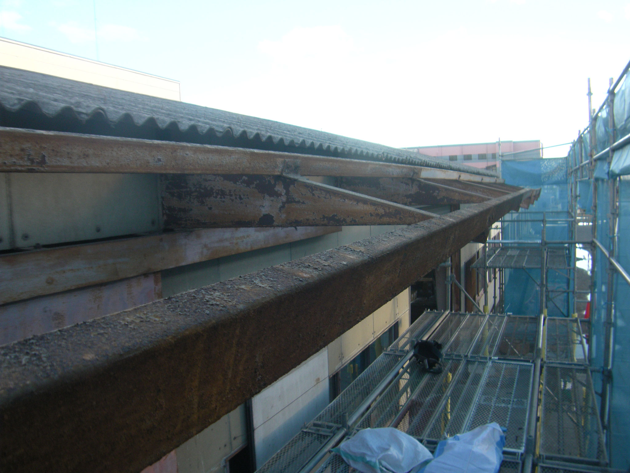 スレート庇改修工事:工程写真