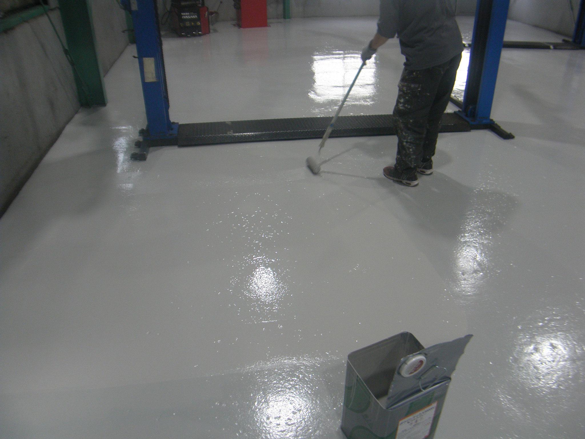 自動車整備工場塗床工事:工程写真