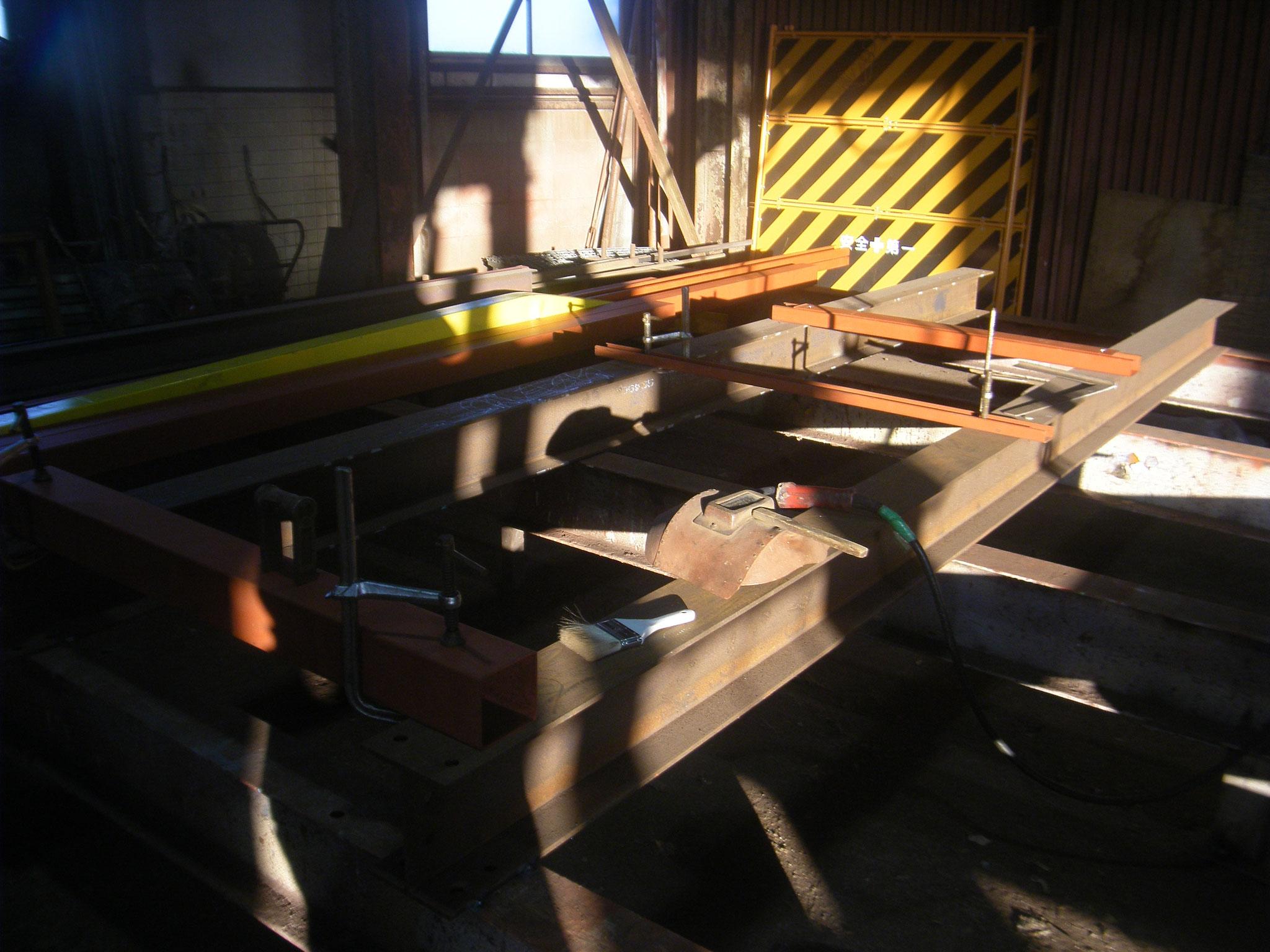 キュービクル架台製作:工程写真