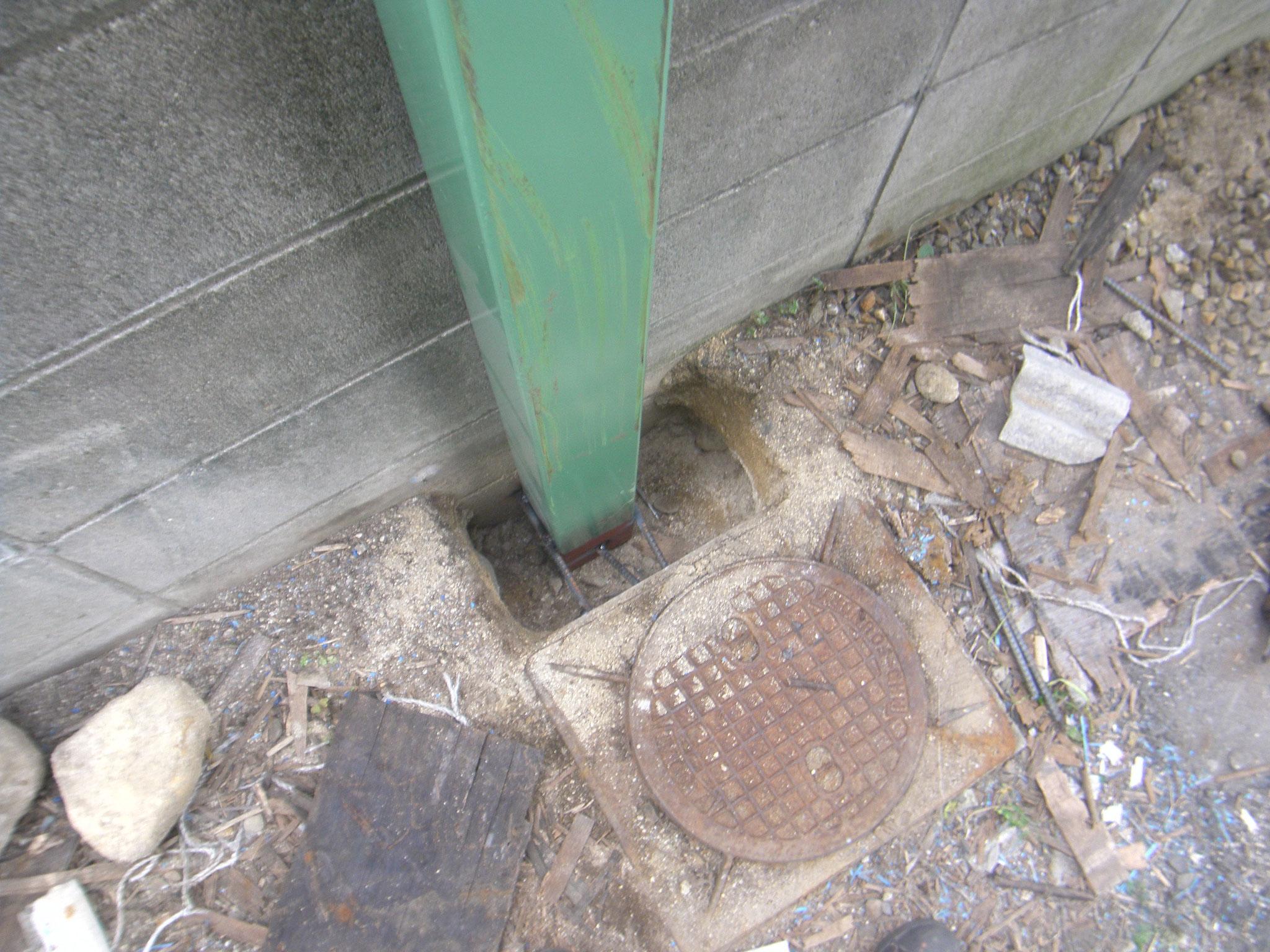 パレット転倒防止壁:工程写真