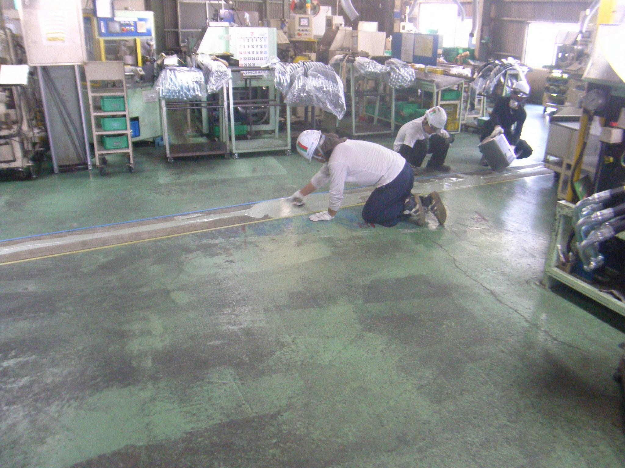 工場内床沈下修正工事:工程写真