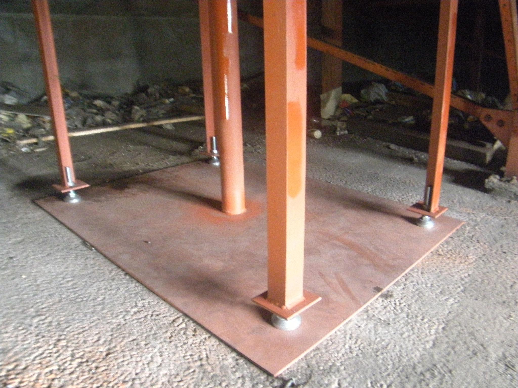 床鉄骨補強工事:工程写真