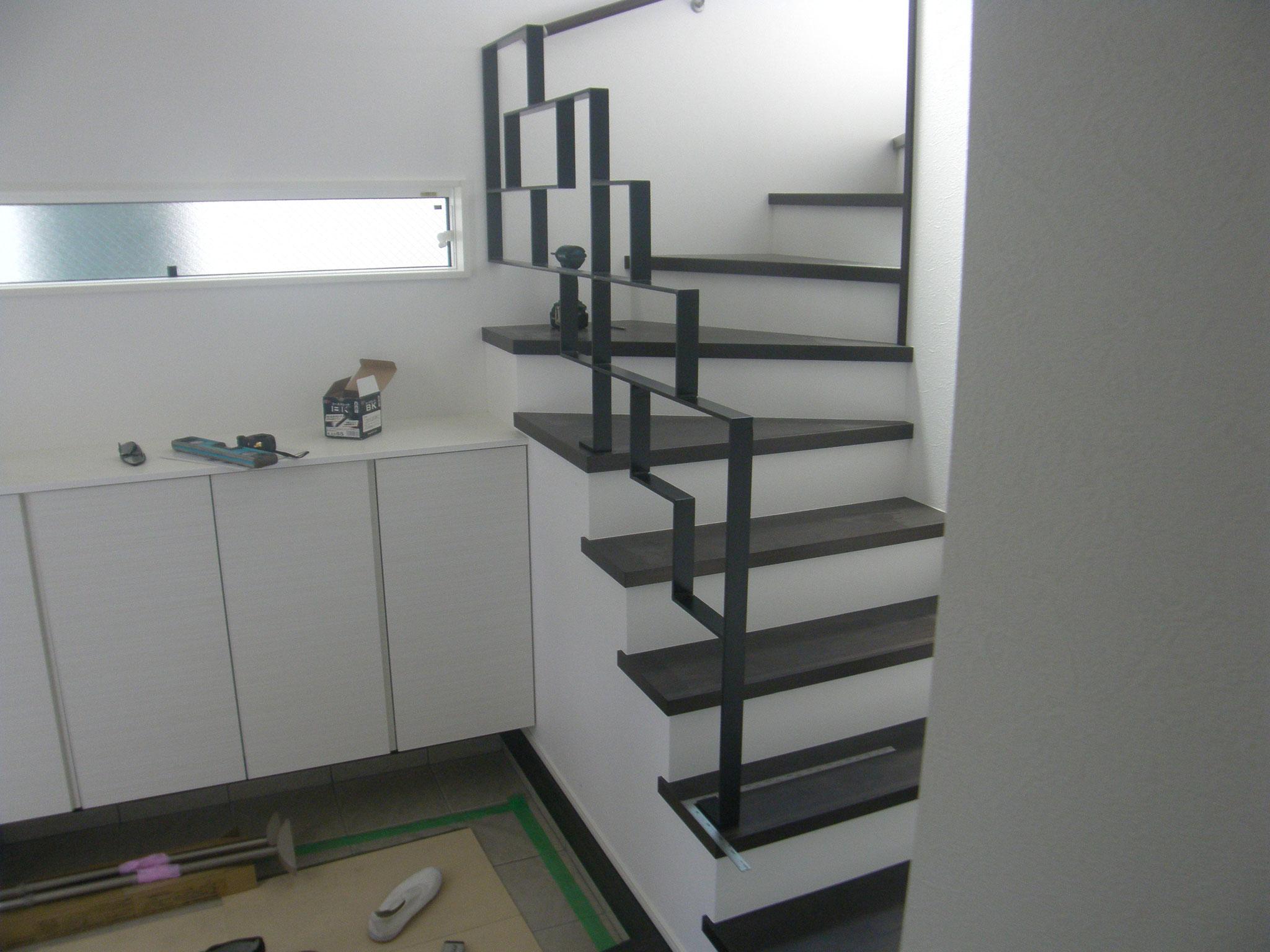 屋内階段スチール手摺:工程写真
