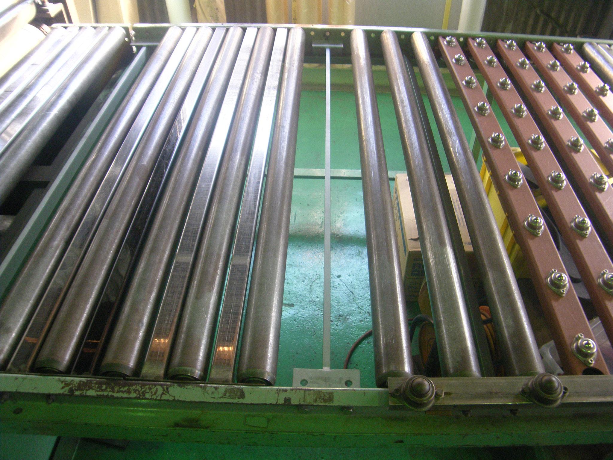 材料ガイドローラー工事:工程写真
