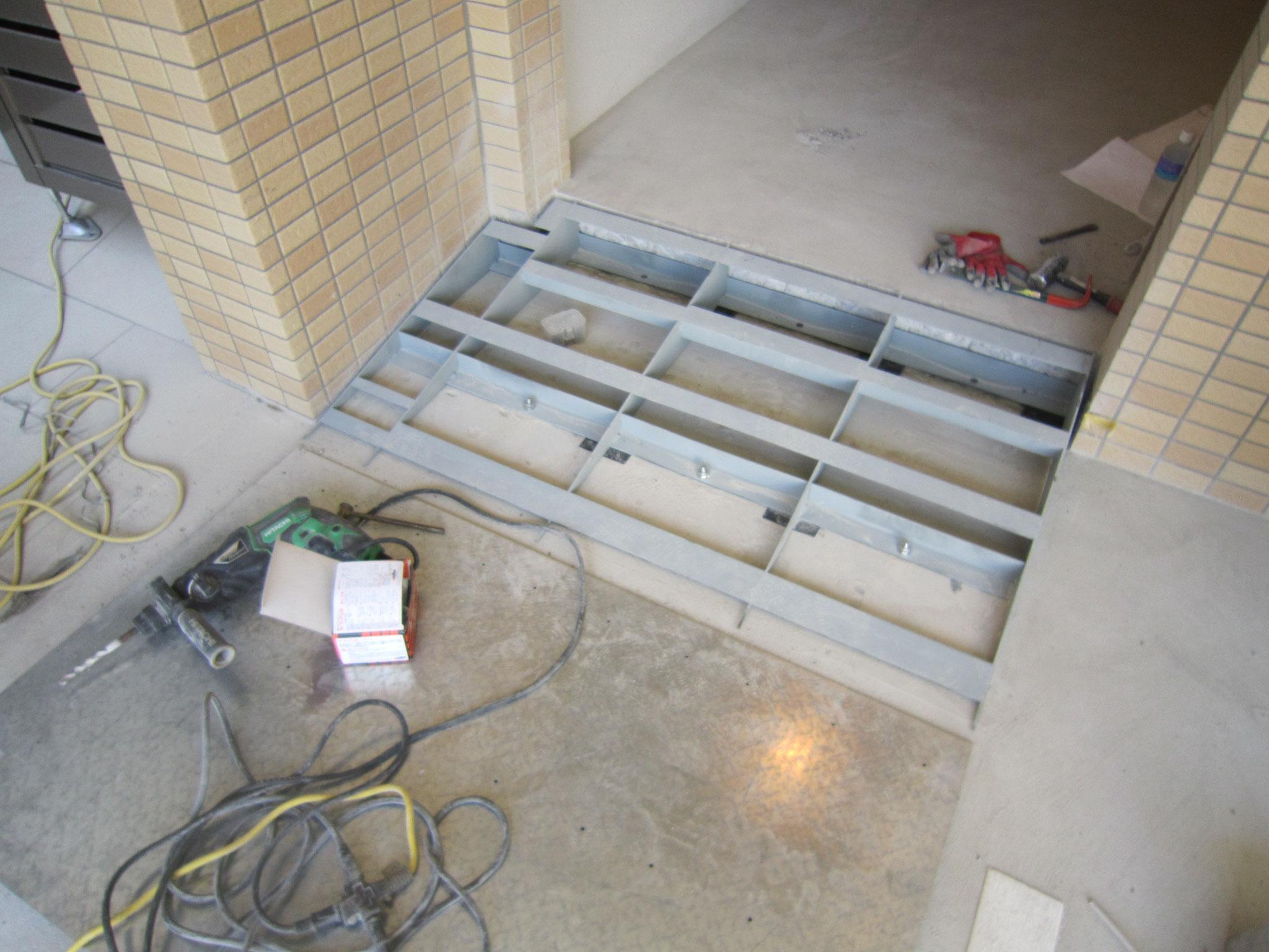 スロープ鉄板新設工事:工程写真