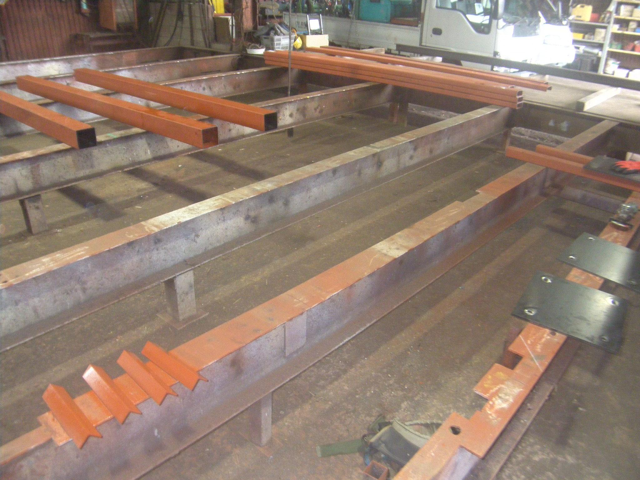 中二階鉄骨工事:工程写真