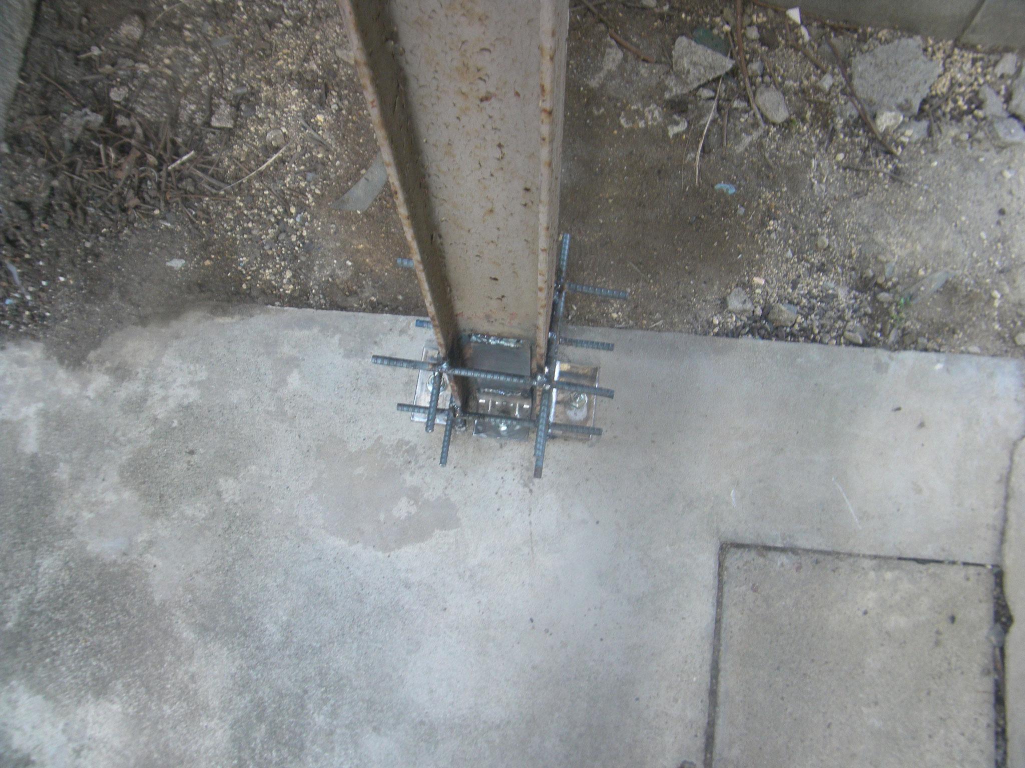 鉄骨柱腐食部補強工事:工程写真