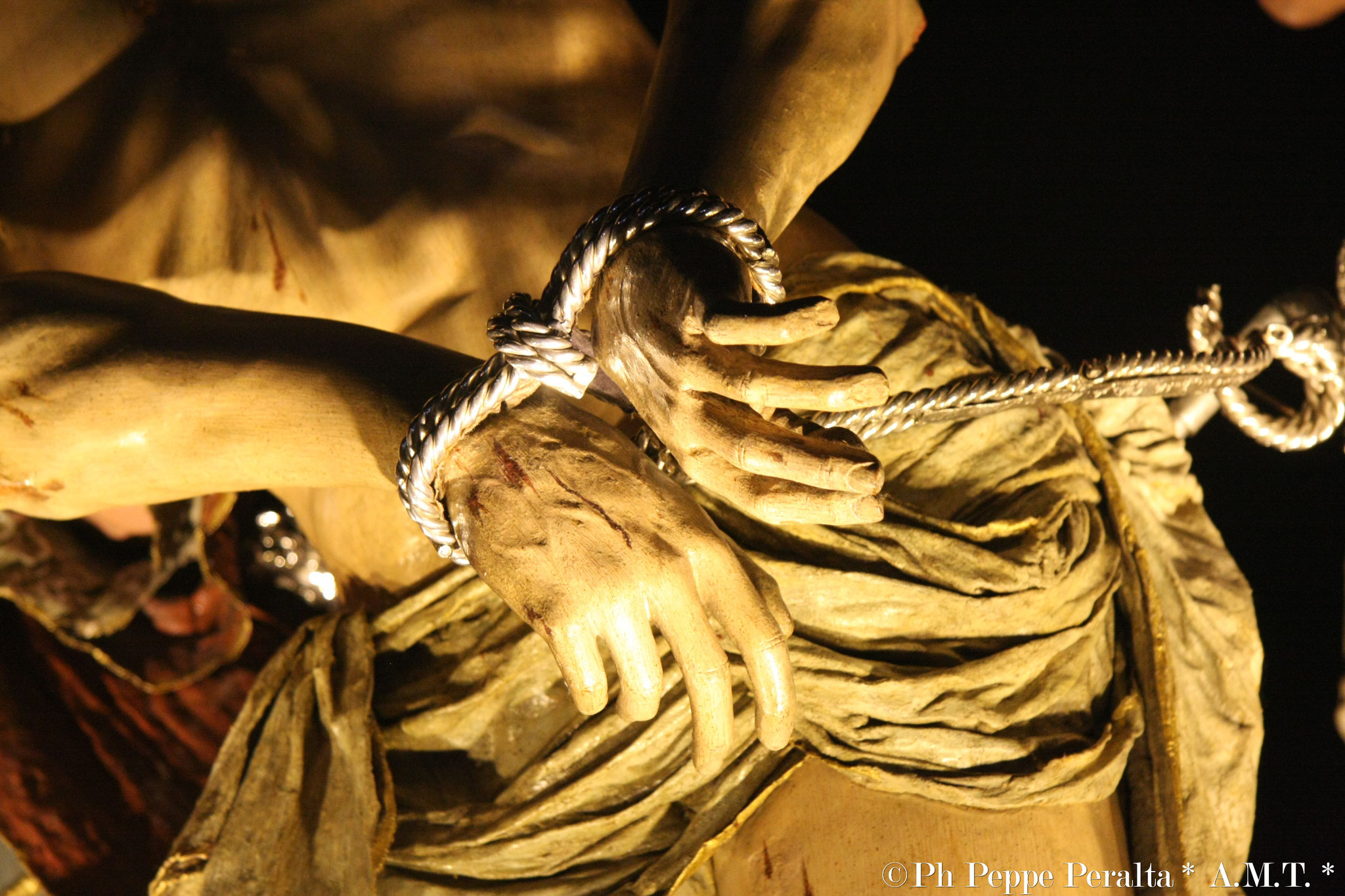 Le mani legate di Gesù