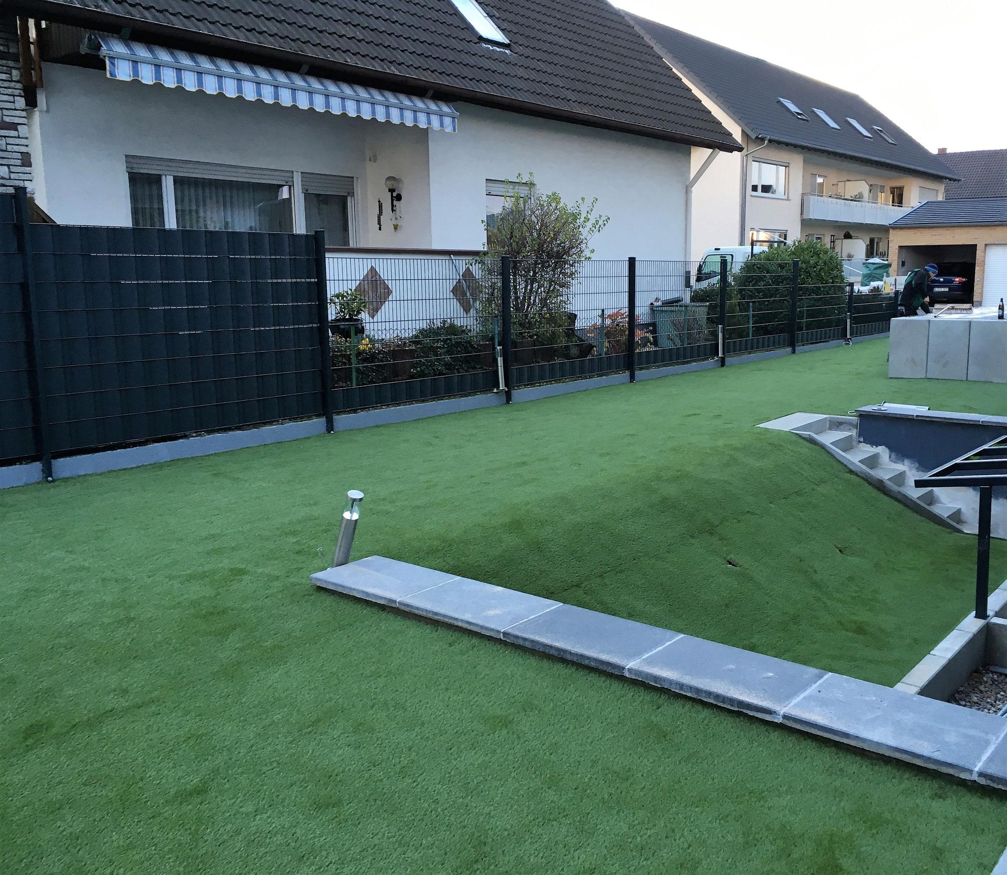 Schöne Kunstrasenfläche in Eggenstein bei Karlsruhe