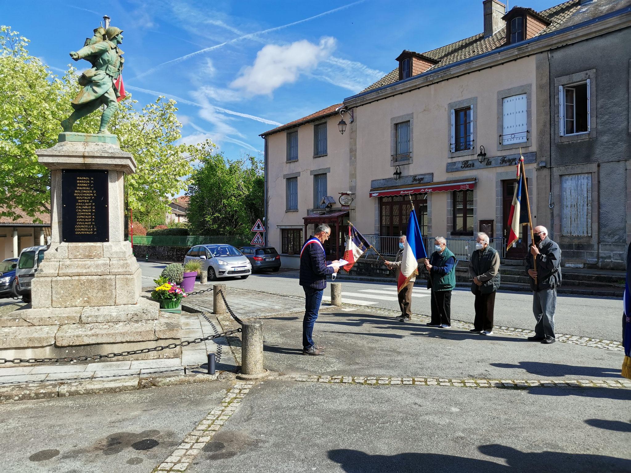 Monuments aux morts  - St Pardoux -