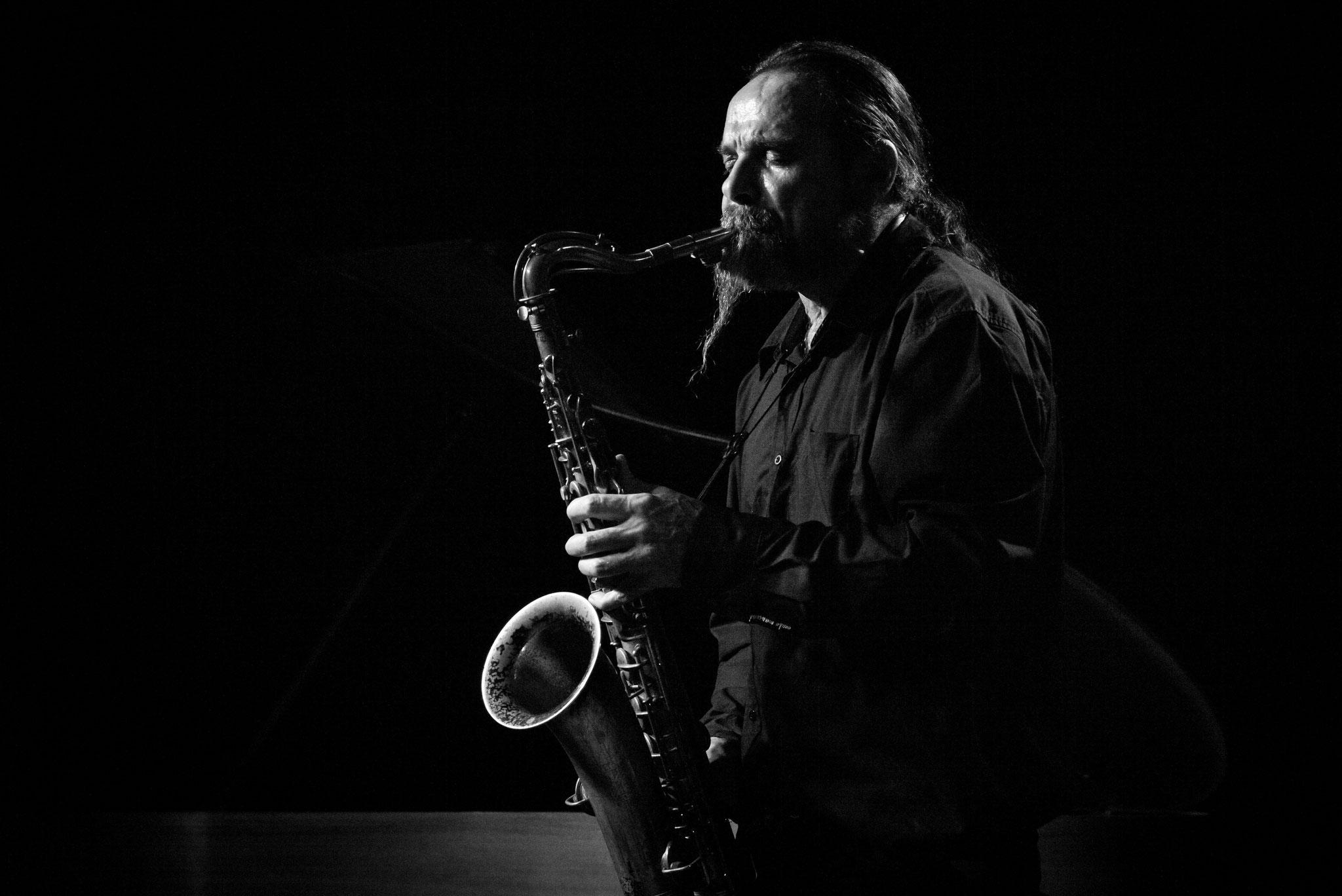 """Hiby   Wuppertal """"Jazzclub Loch"""" 2018  © Roland Wingenroth"""