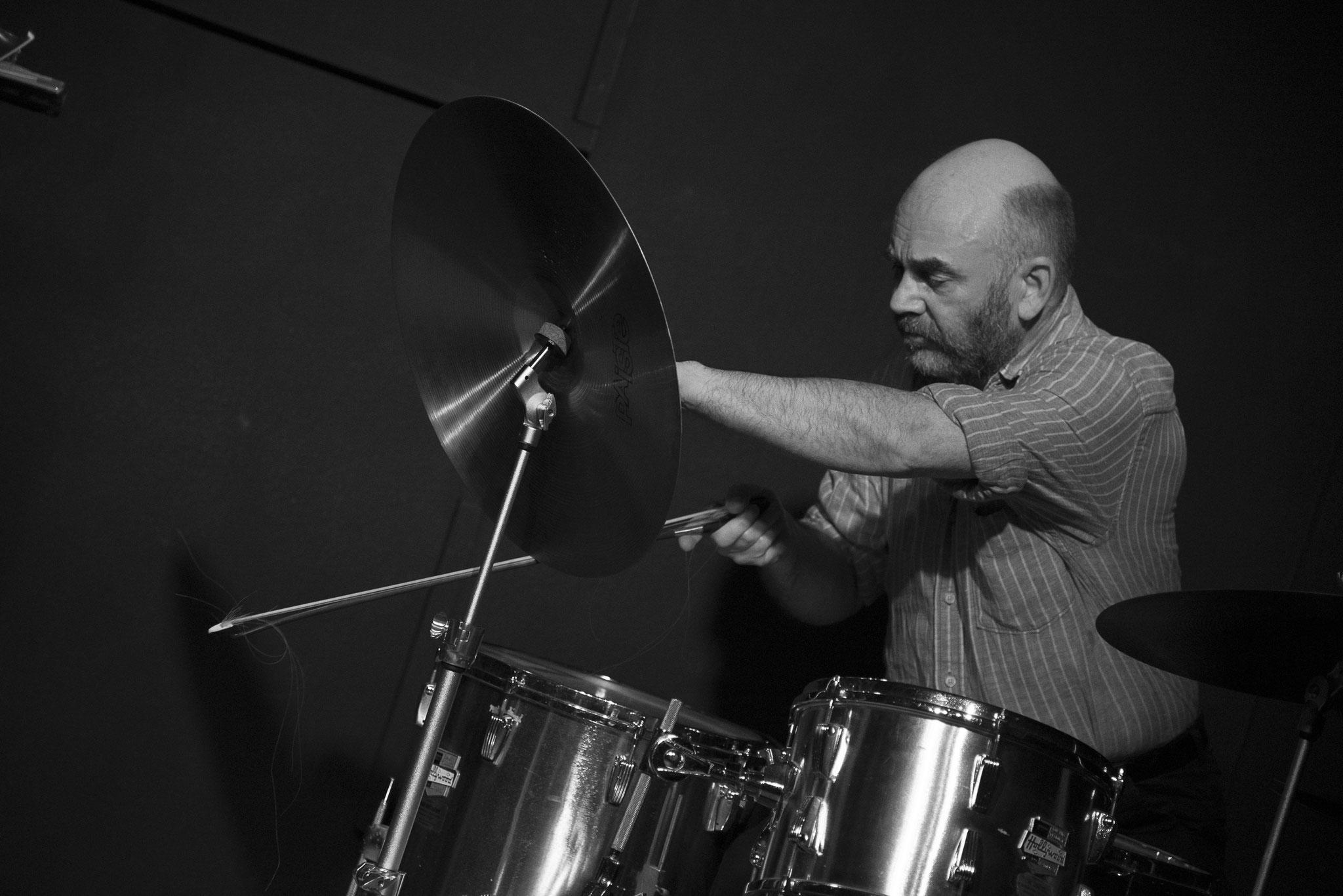 "Hession  Wuppertal ""Jazz Club Loch"" 2019  © Antje Zeis-Loi"