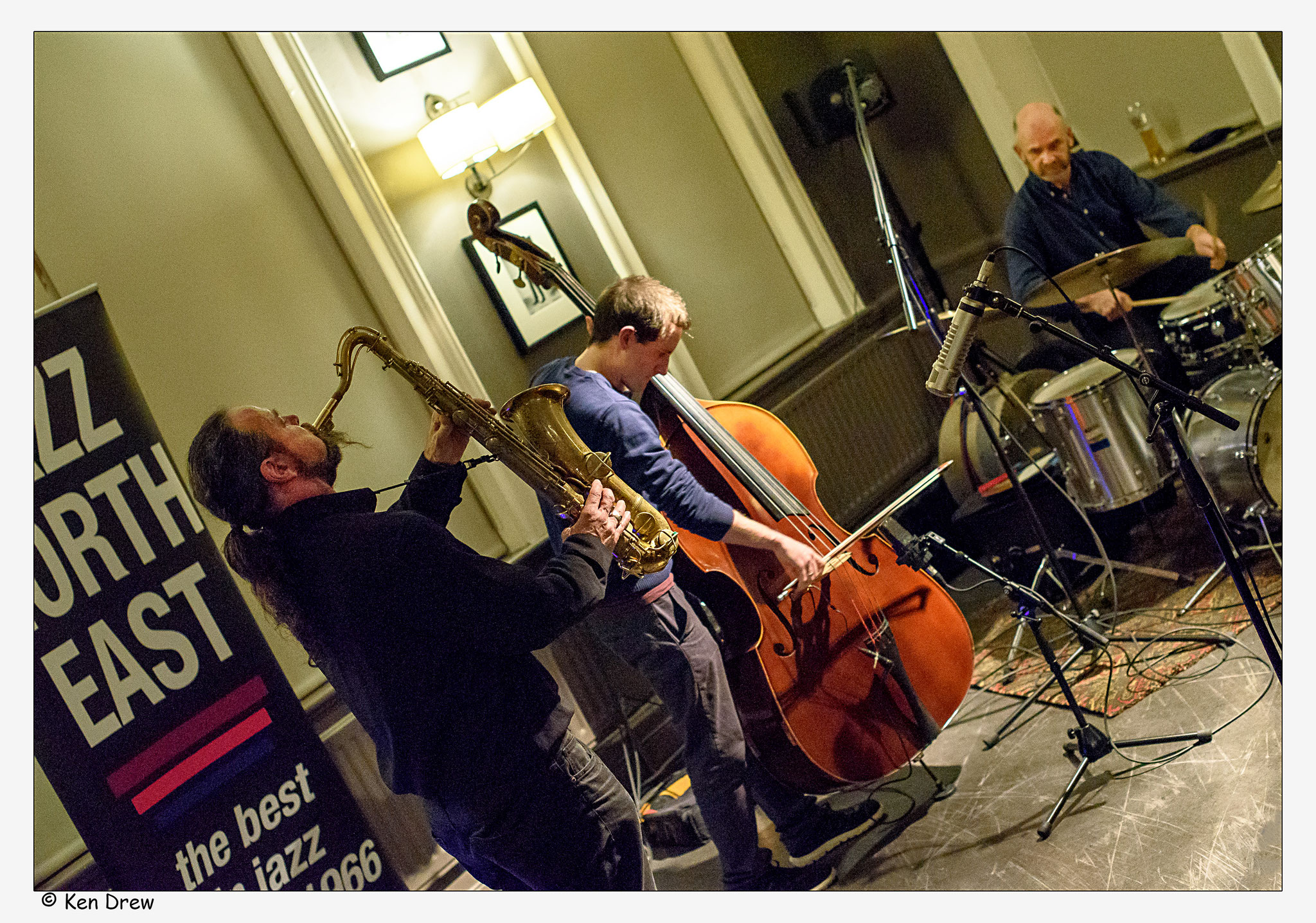 Hiby/Bardon/Hession      New Castle  at The Bridge Hotel 2016        © Ken Drew